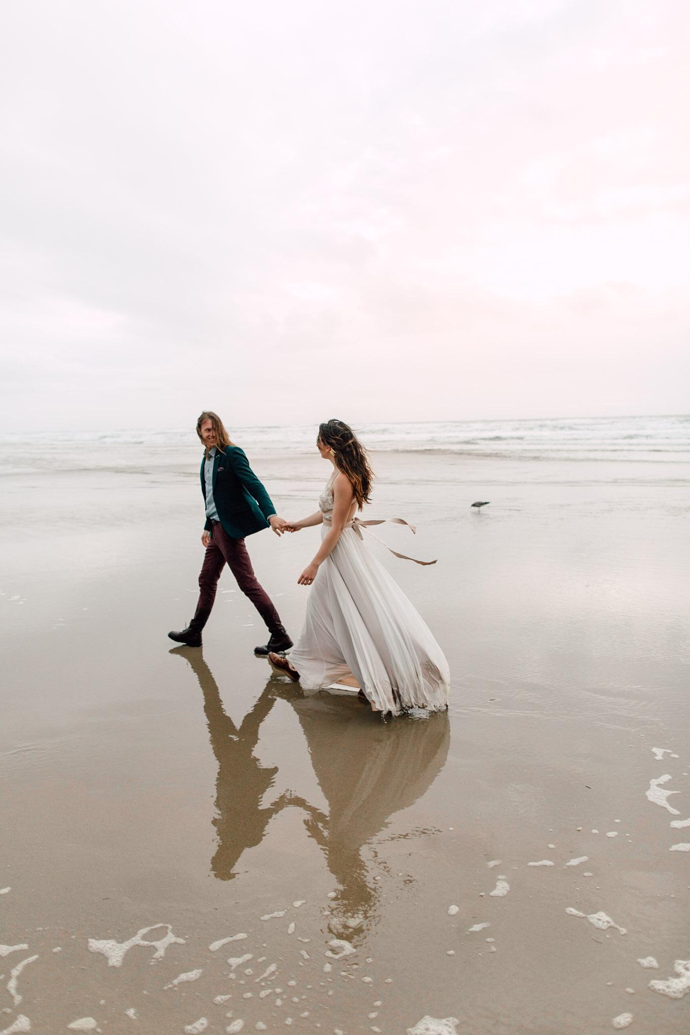 Oregon-Coast-Manzanita-Beach-Engagement-Pia-Anna-Christian-Wedding-Photography-PNW-GB-21.jpg