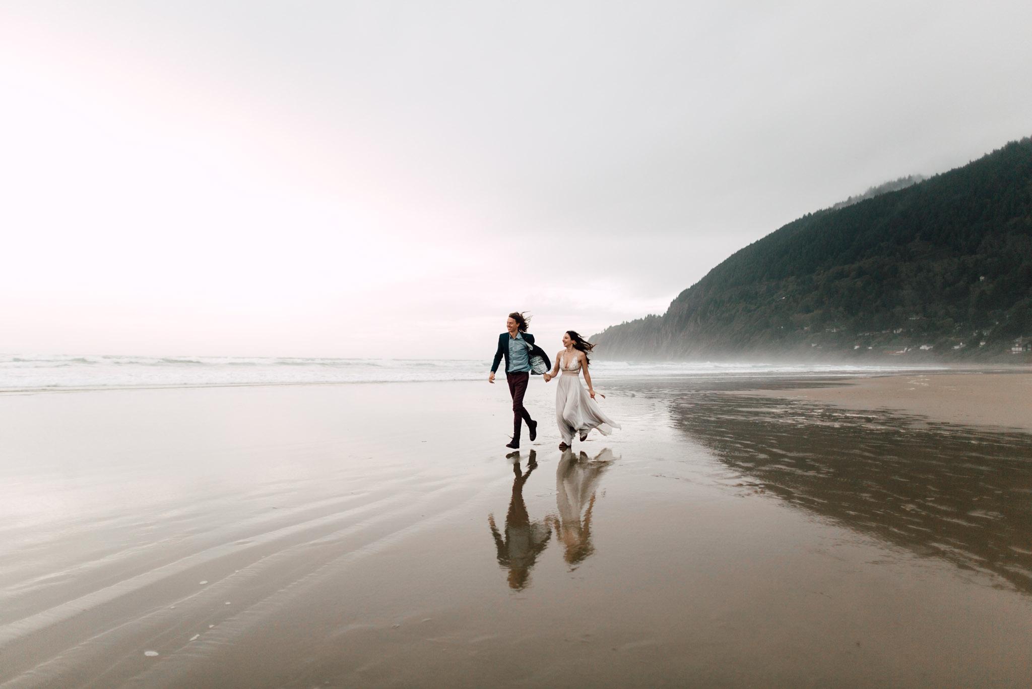 Oregon-Coast-Manzanita-Beach-Engagement-Pia-Anna-Christian-Wedding-Photography-PNW-GB-25.jpg
