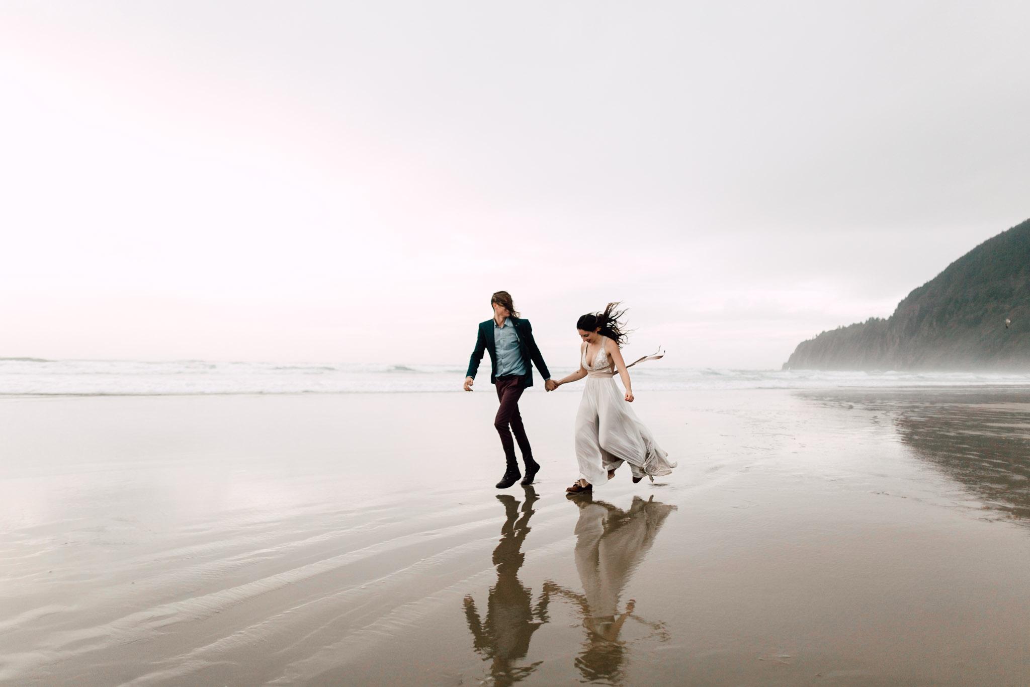 Oregon-Coast-Manzanita-Beach-Engagement-Pia-Anna-Christian-Wedding-Photography-PNW-GB-26.jpg
