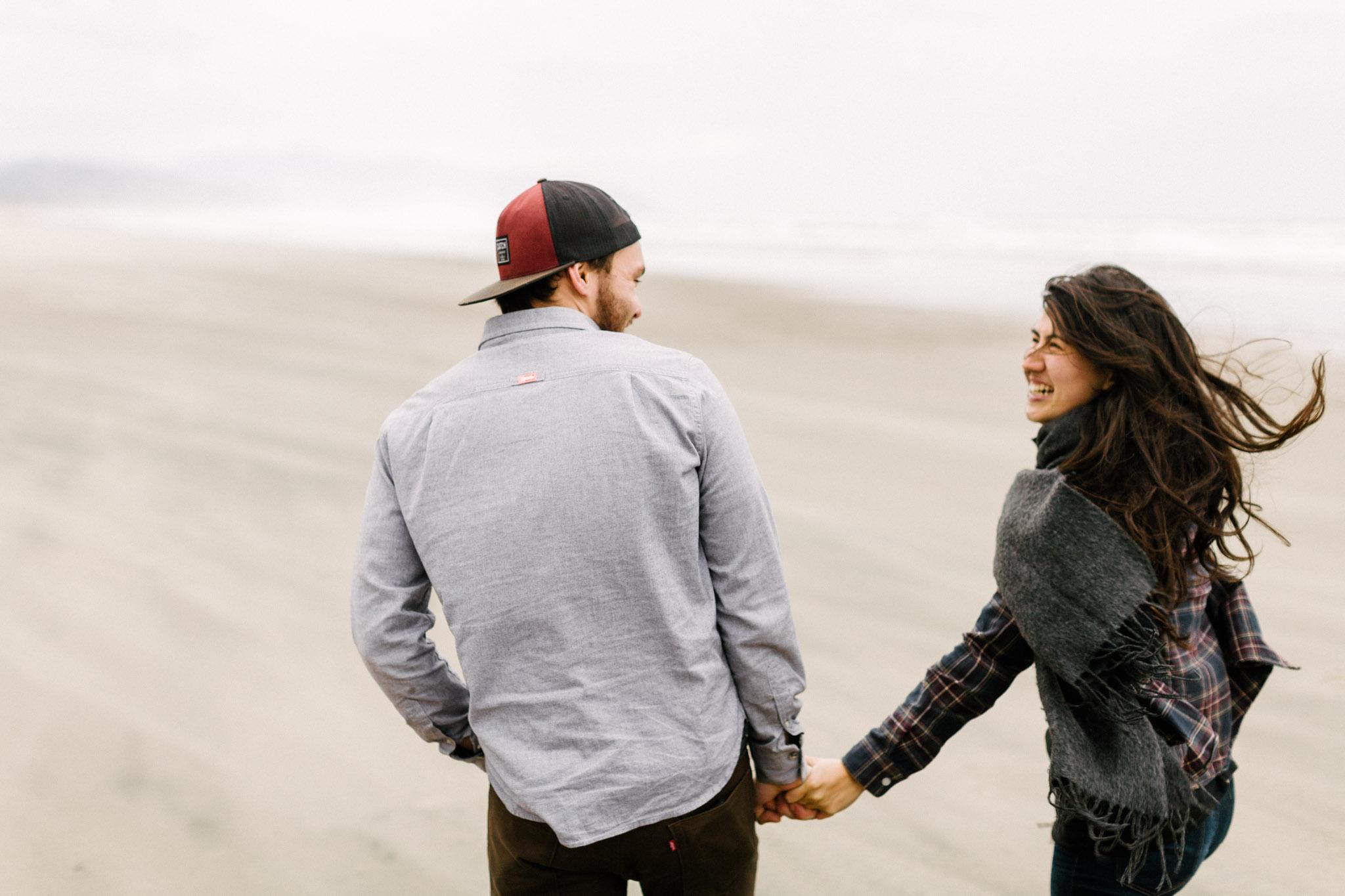 Oregon-Cape-Kiwanda-Engagement-Pia-Anna-Christian-Wedding-Photography-PNW-CJ-6.jpg