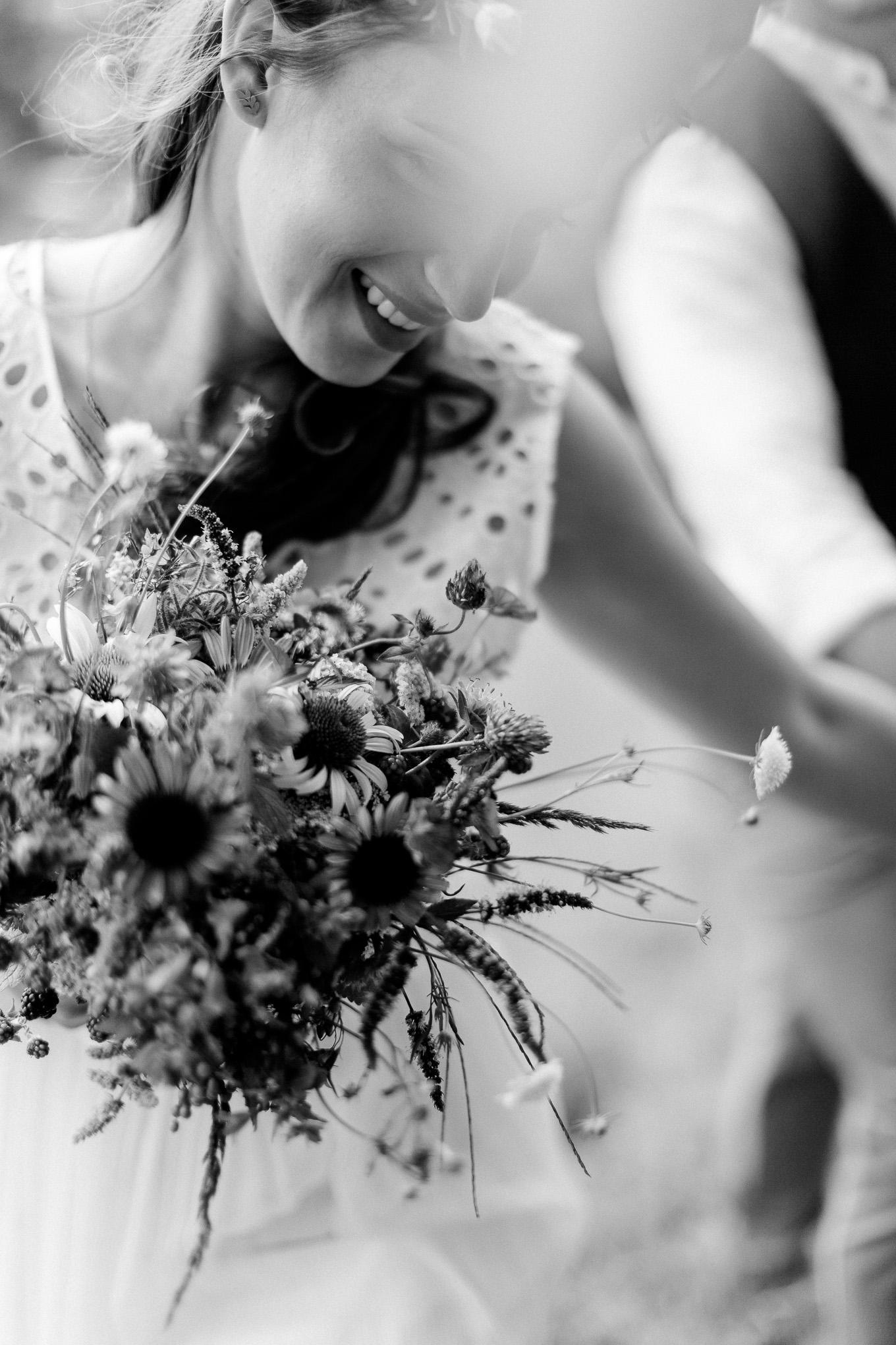 Boho-Scheune-Bauern-Hochzeit-Lörrach-Rheinfelden-Pia-Anna-Christian-Photography-NC-10.jpg