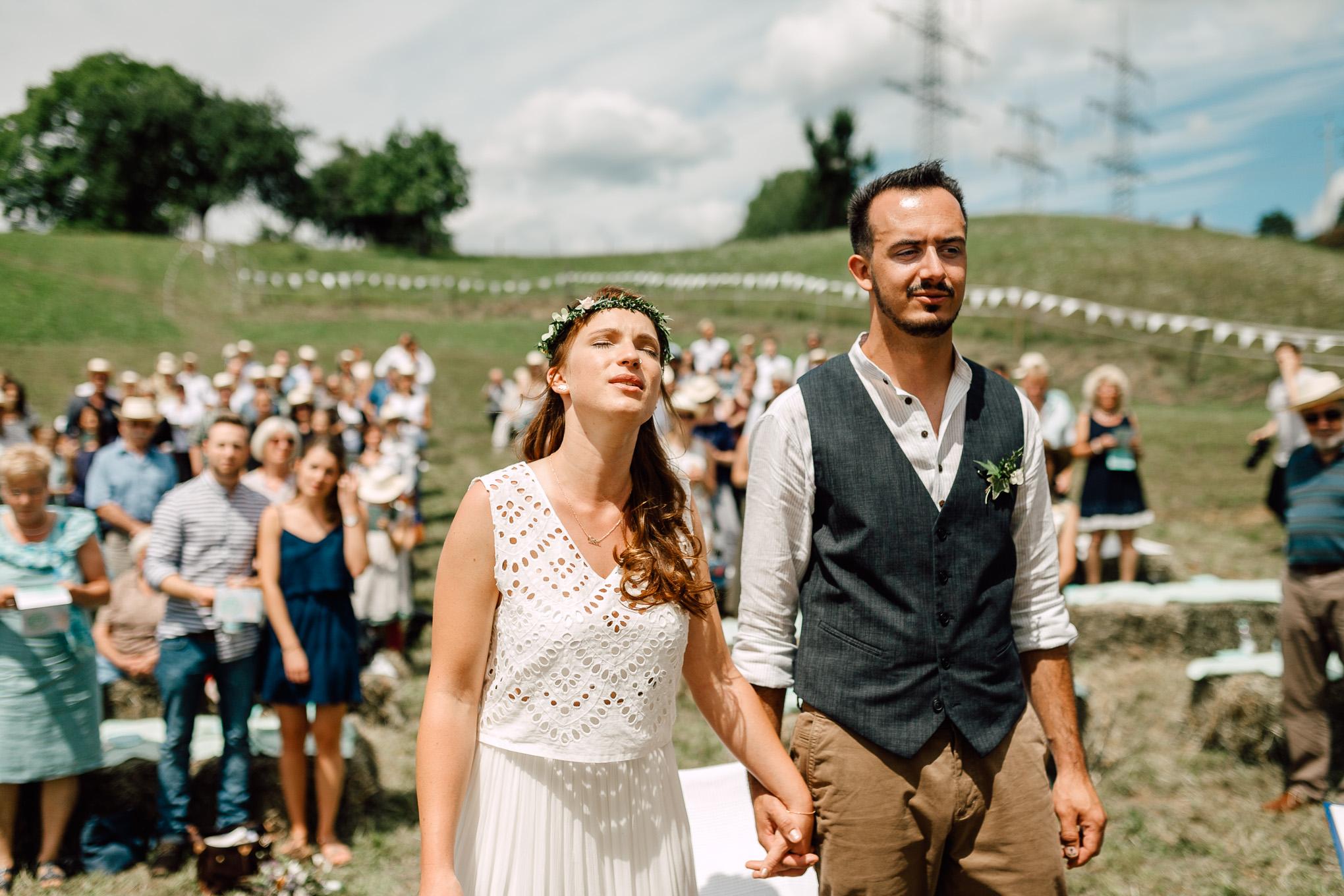 Boho-Scheune-Bauern-Hochzeit-Lörrach-Rheinfelden-Pia-Anna-Christian-Photography-NC-29.jpg