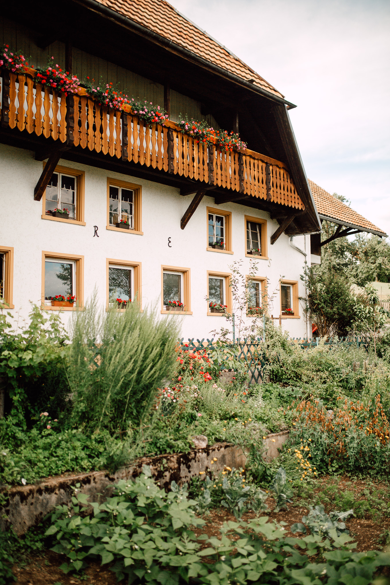 Boho-Scheune-Bauern-Hochzeit-Lörrach-Rheinfelden-Pia-Anna-Christian-Photography-NC-62.jpg