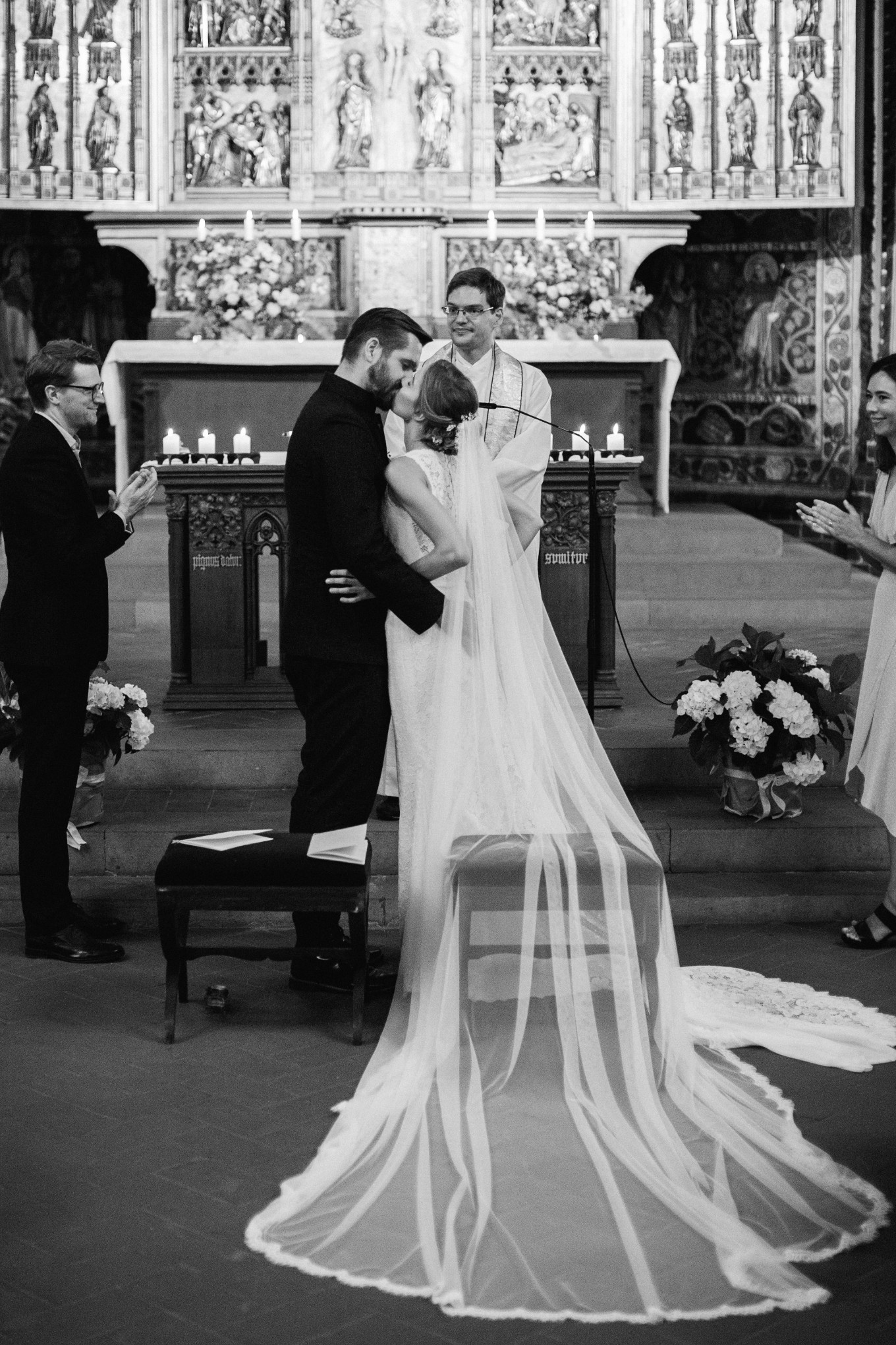 Berlin-Wannsee-Pia-Anna-Christian-Wedding-Photography-ST-22.jpg