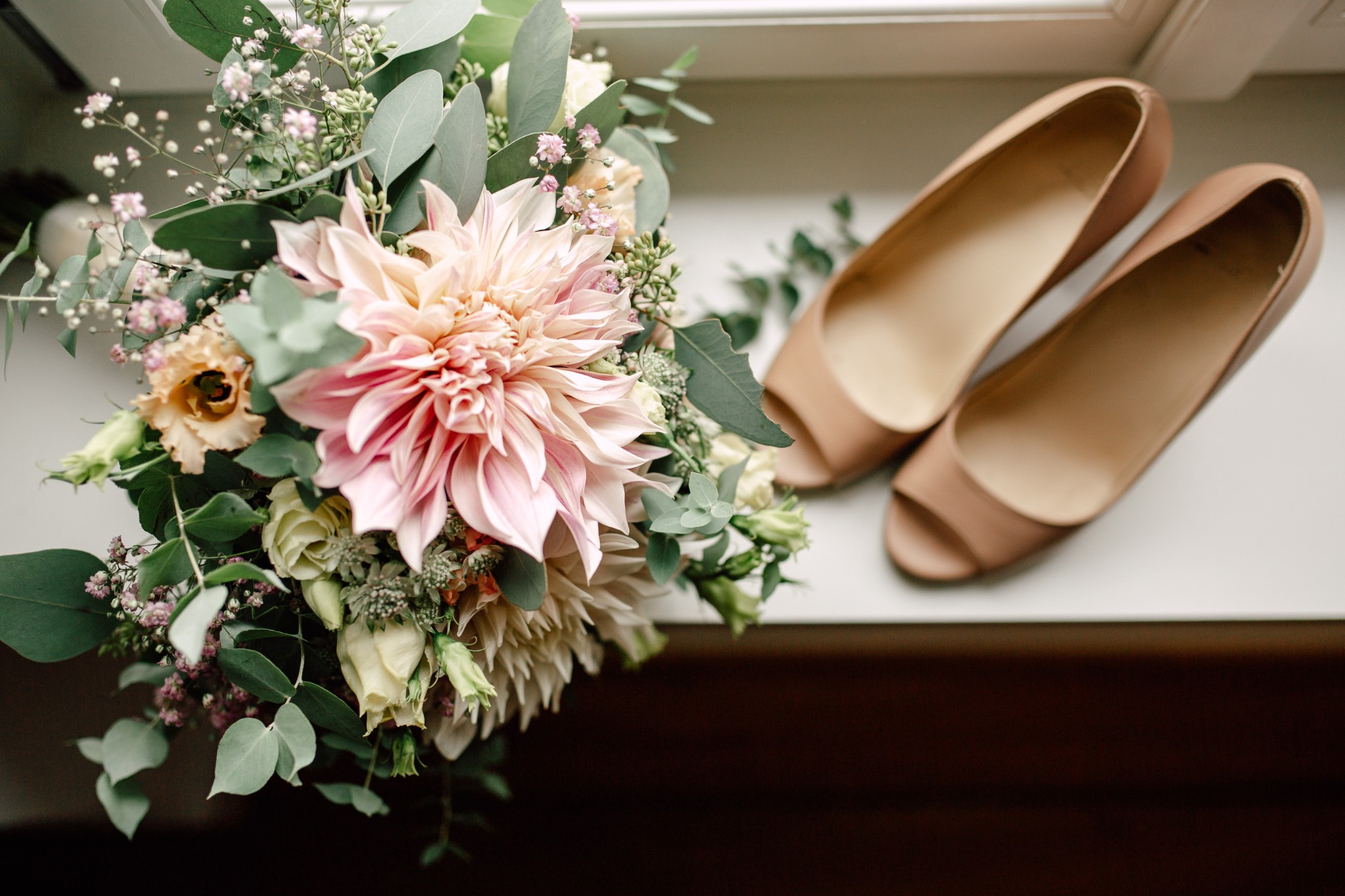 Basel-Hochzeit-Pia-Anna-Christian-Wedding-Photography-Bahnkantine-SuS-2.jpg