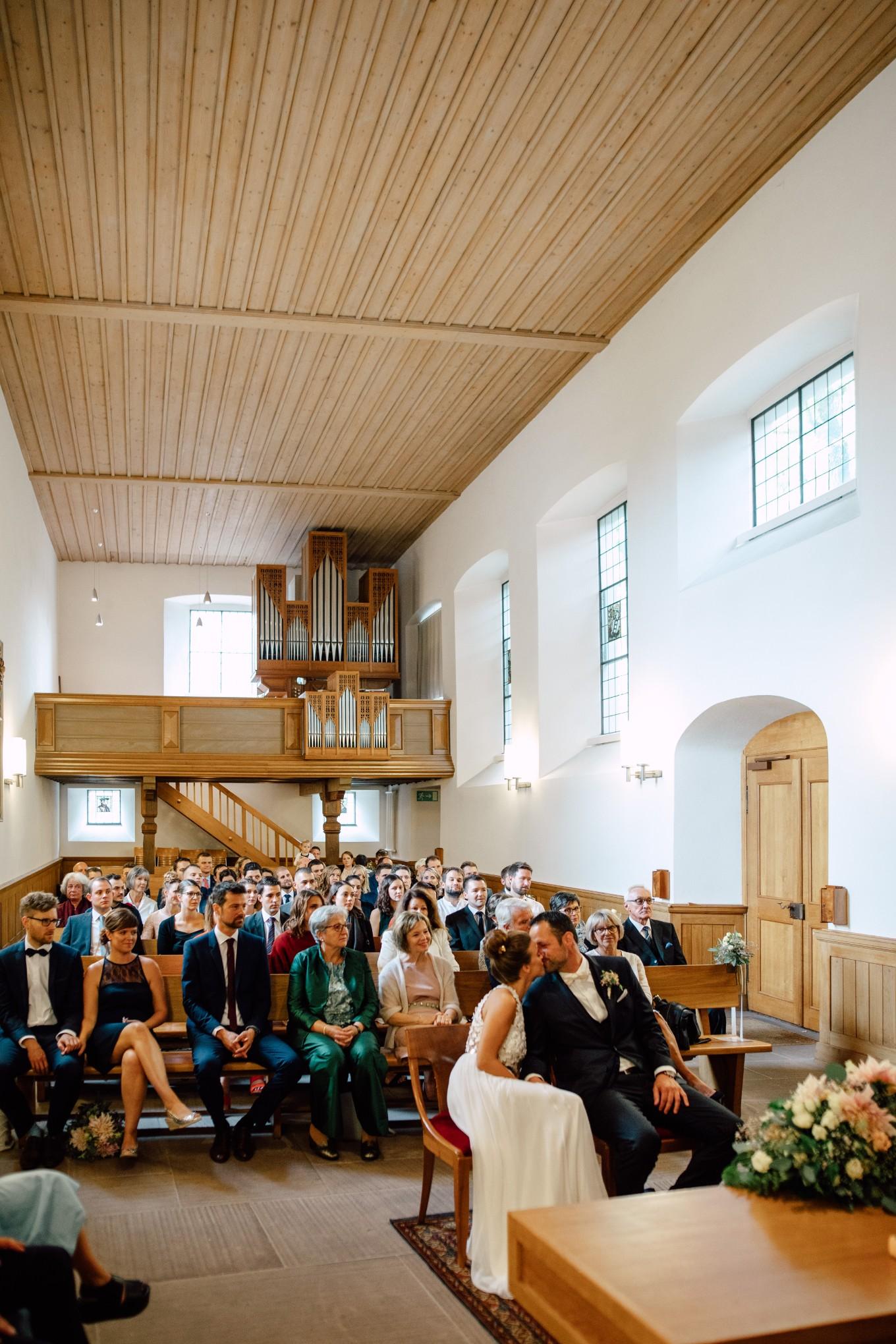 Basel-Hochzeit-Pia-Anna-Christian-Wedding-Photography-Bahnkantine-SuS-27.jpg