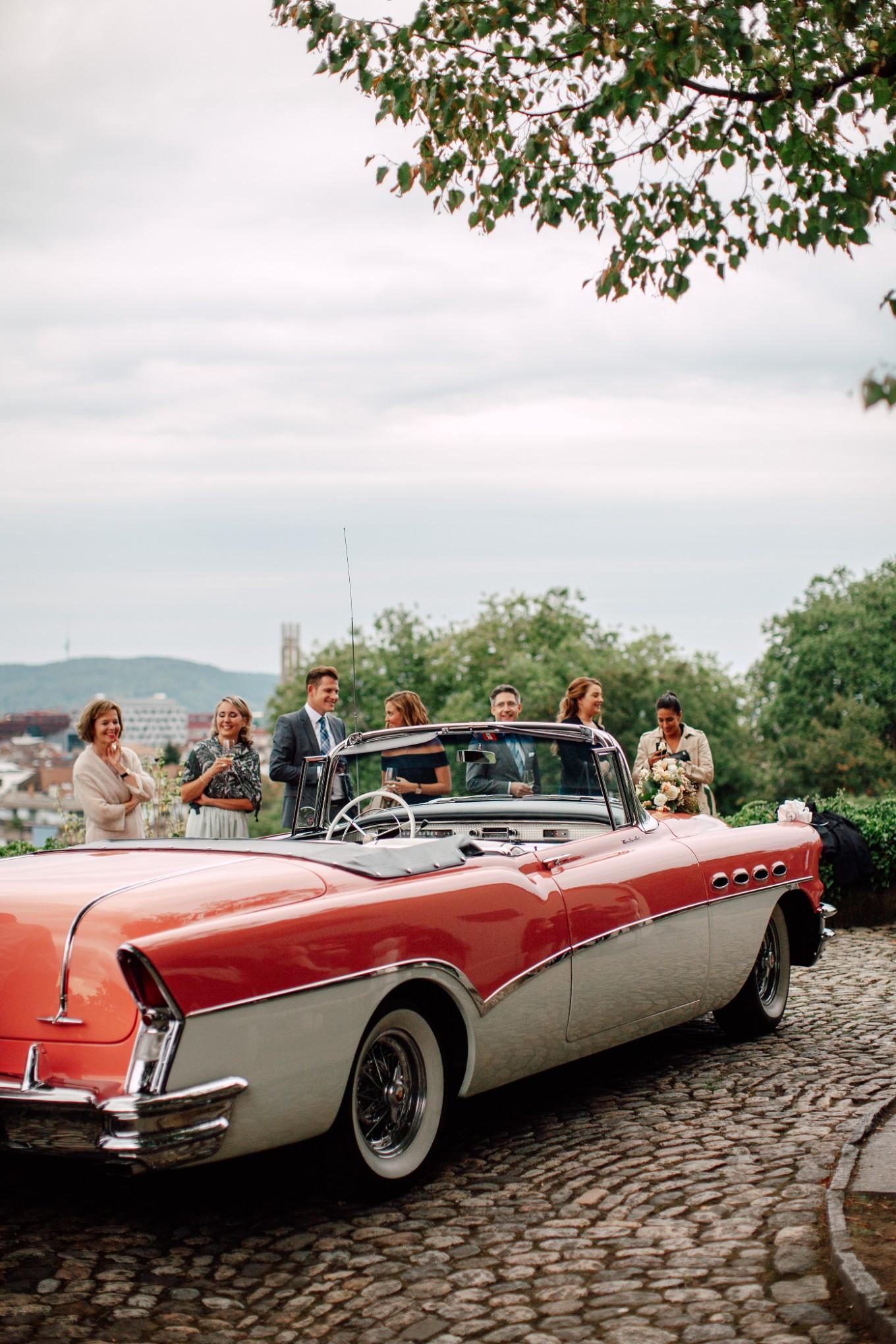 Basel-Hochzeit-Pia-Anna-Christian-Wedding-Photography-Bahnkantine-SuS-46.jpg