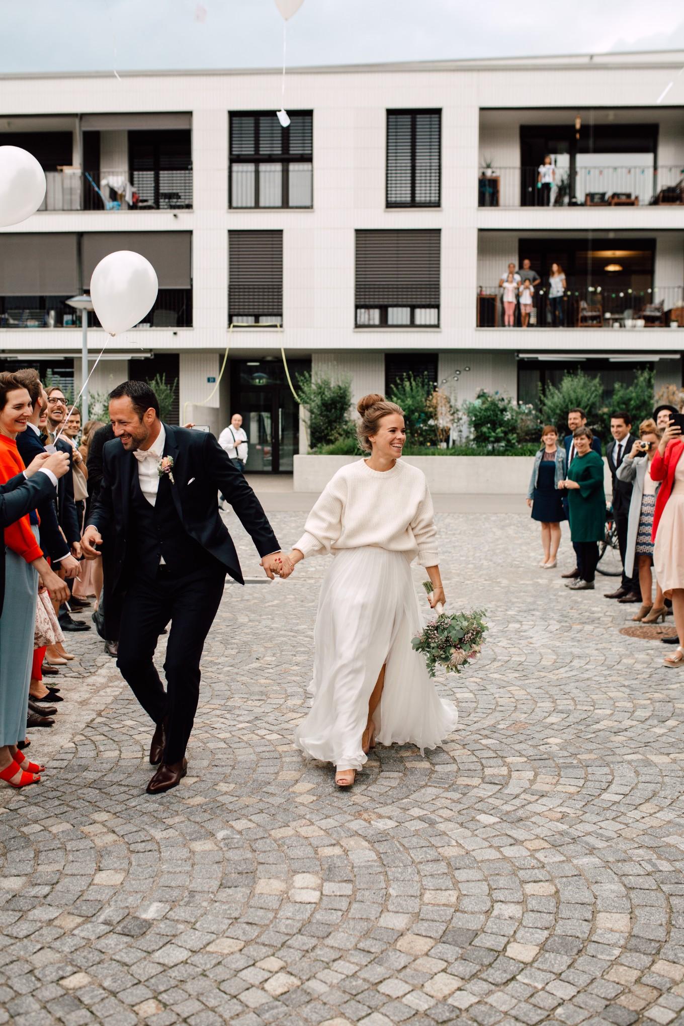 Basel-Hochzeit-Pia-Anna-Christian-Wedding-Photography-Bahnkantine-SuS-54.jpg