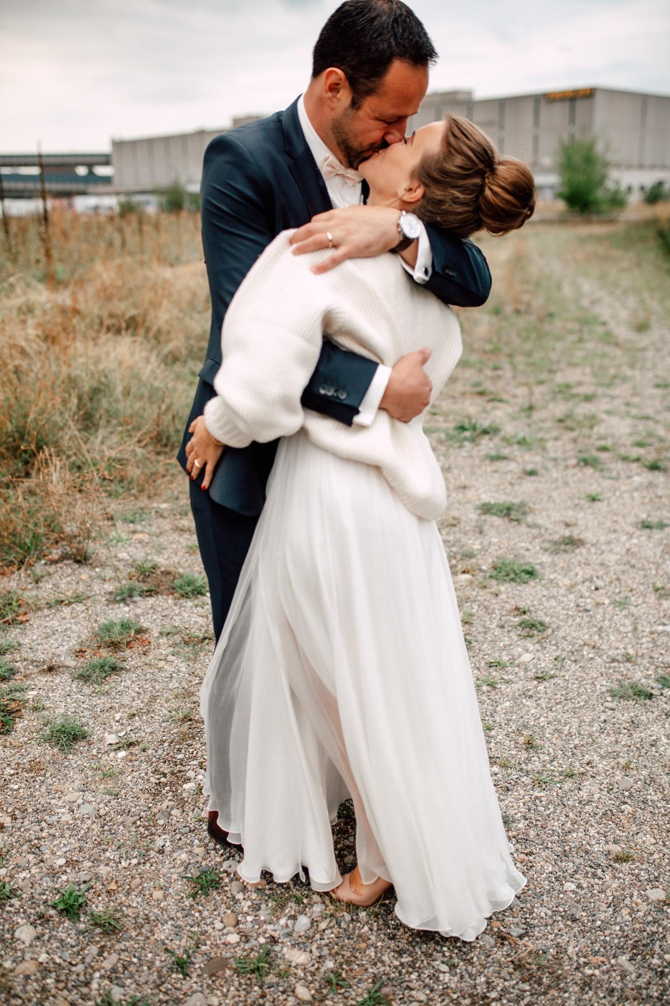 Basel-Hochzeit-Pia-Anna-Christian-Wedding-Photography-Bahnkantine-SuS-61.jpg