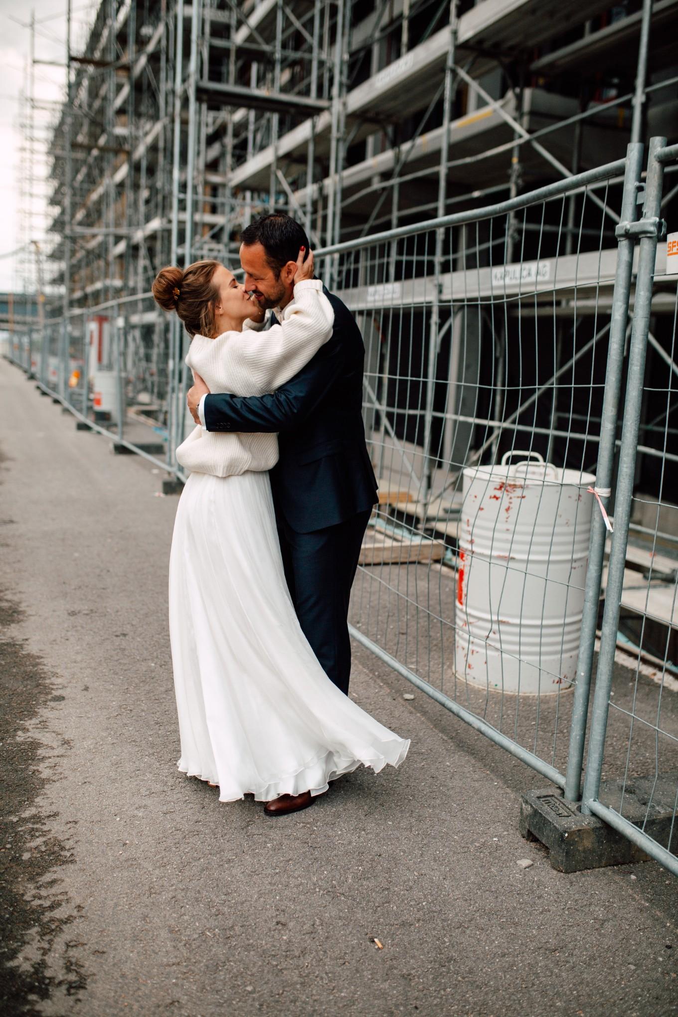 Basel-Hochzeit-Pia-Anna-Christian-Wedding-Photography-Bahnkantine-SuS-65.jpg