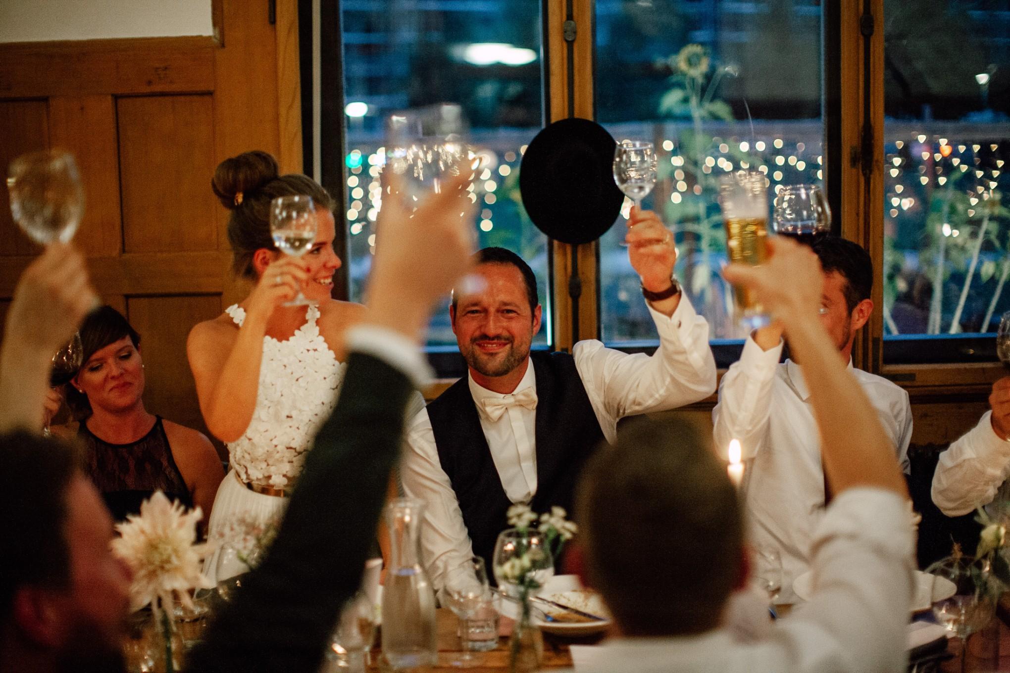 Basel-Hochzeit-Pia-Anna-Christian-Wedding-Photography-Bahnkantine-SuS-72.jpg