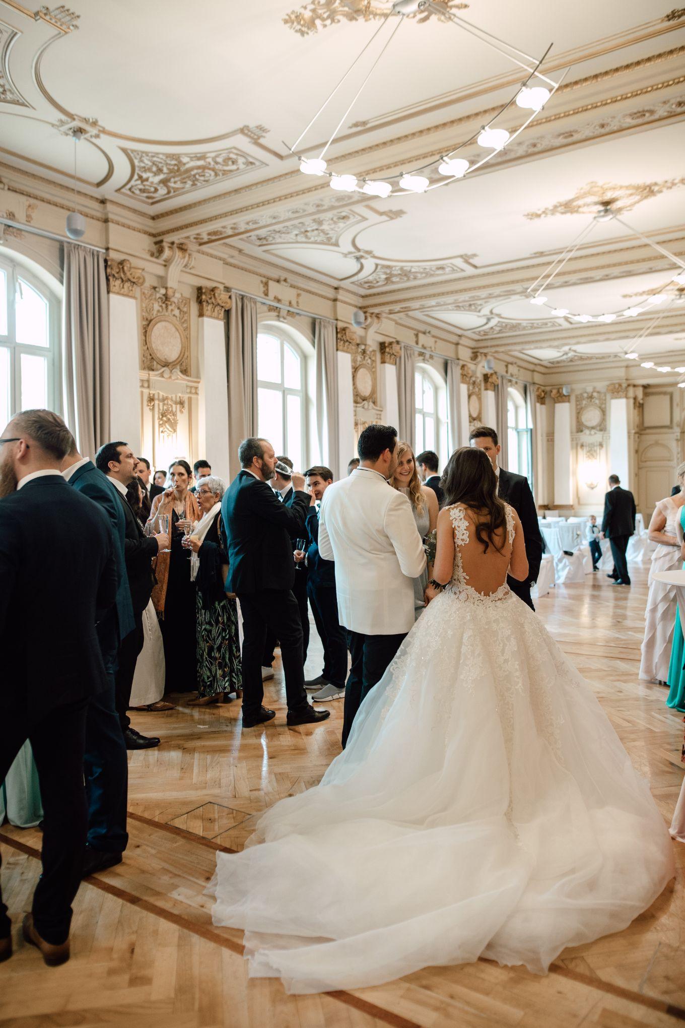 Historische-Stadthalle-Wuppertal-Hochzeit-The-Saums-KN-3-229.jpg