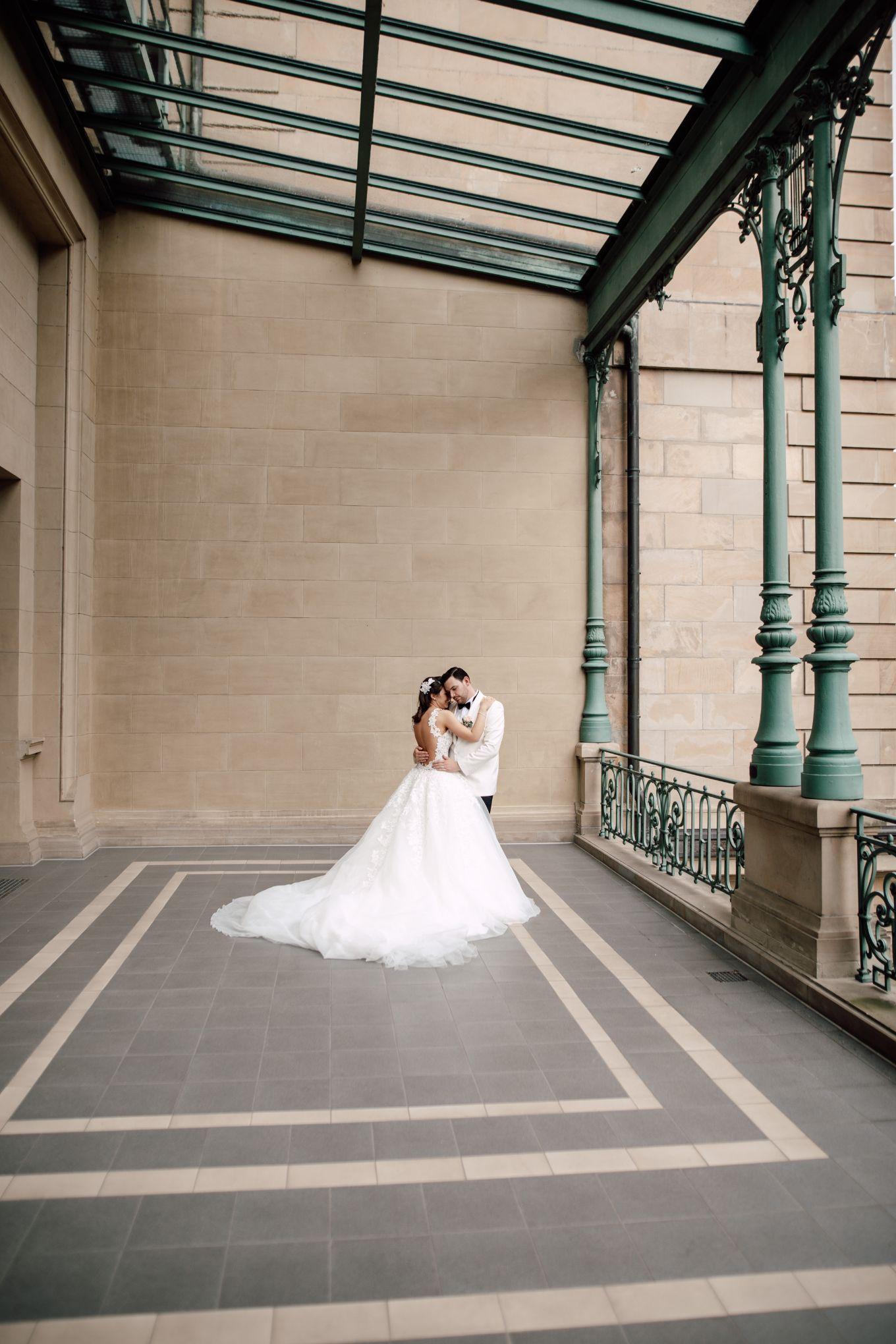 Historische-Stadthalle-Wuppertal-Hochzeit-The-Saums-KN-4-6.jpg