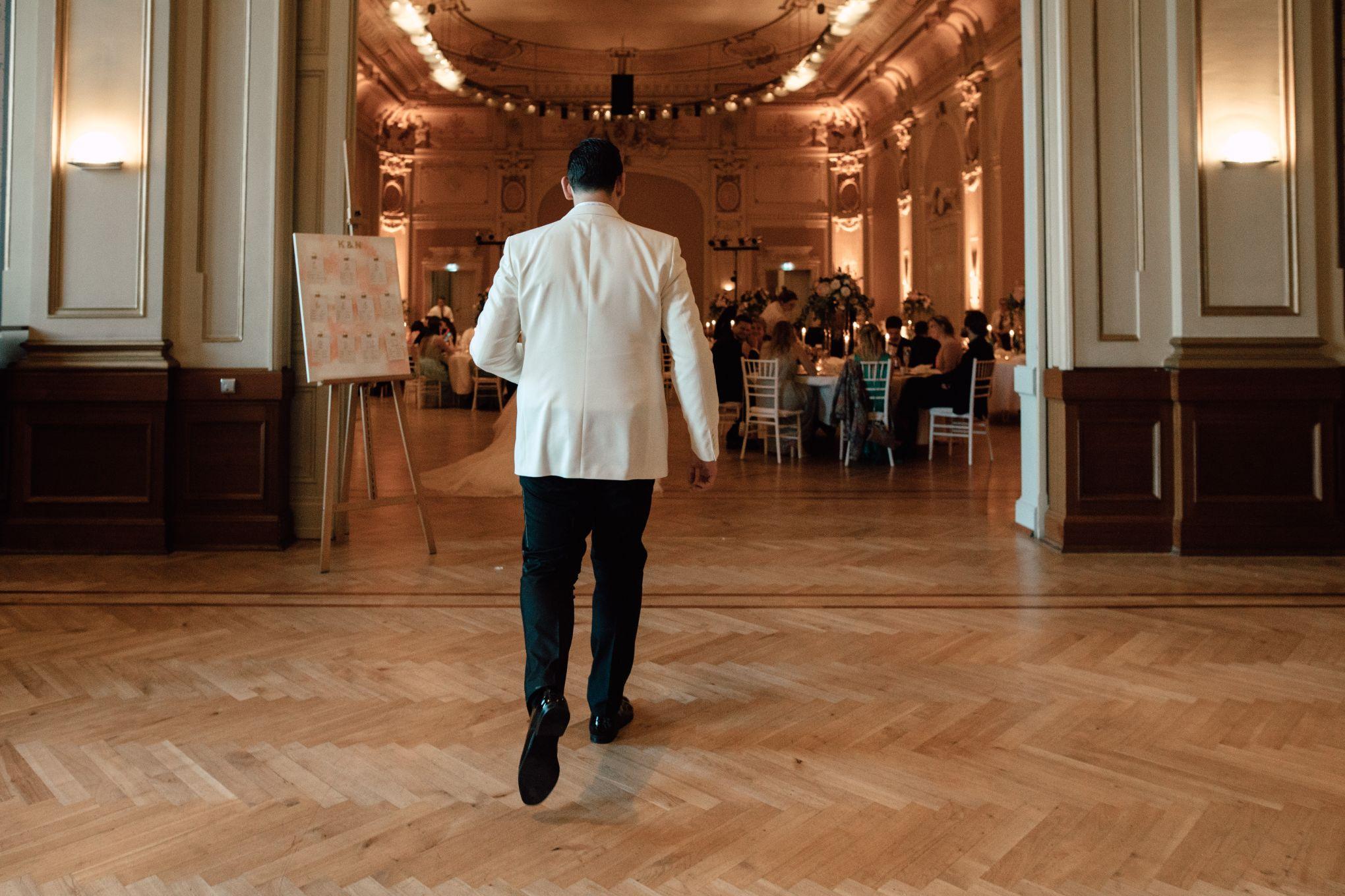 Historische-Stadthalle-Wuppertal-Hochzeit-The-Saums-KN-6-155.jpg