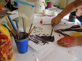 paintinghandSML.jpg