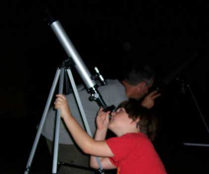 Francis and Sean are looking for the ISS
