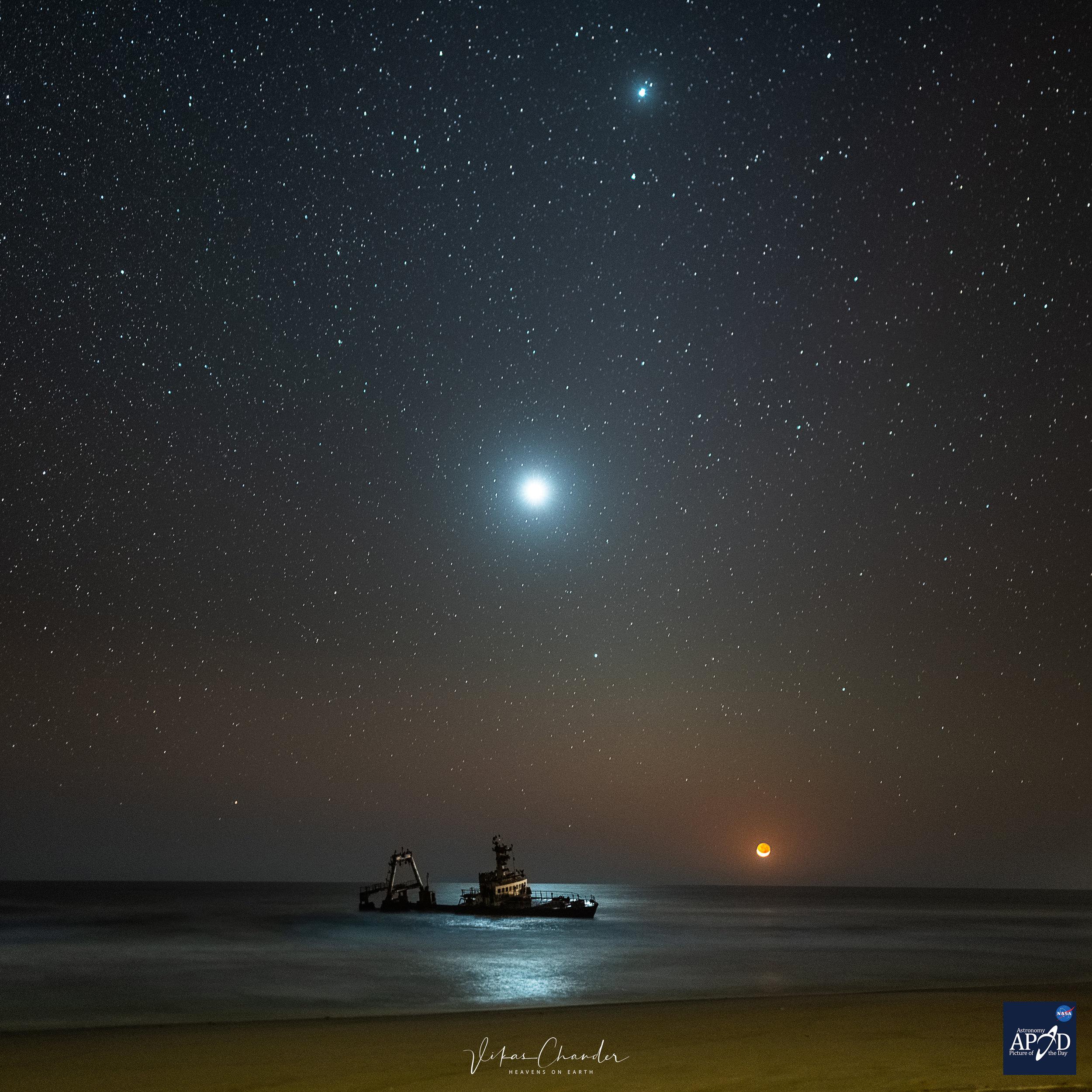 Zella-moonset-Apod.jpg