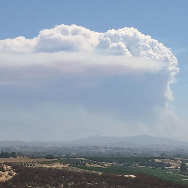 Pyrocumulus forming over #cranstonfire again today!