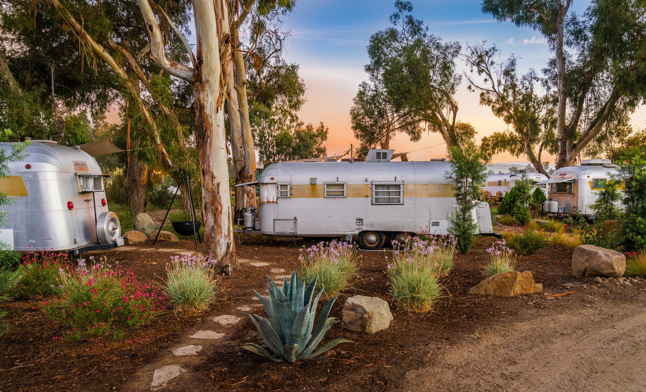 Wine Country Glamping in a Fabulous setting