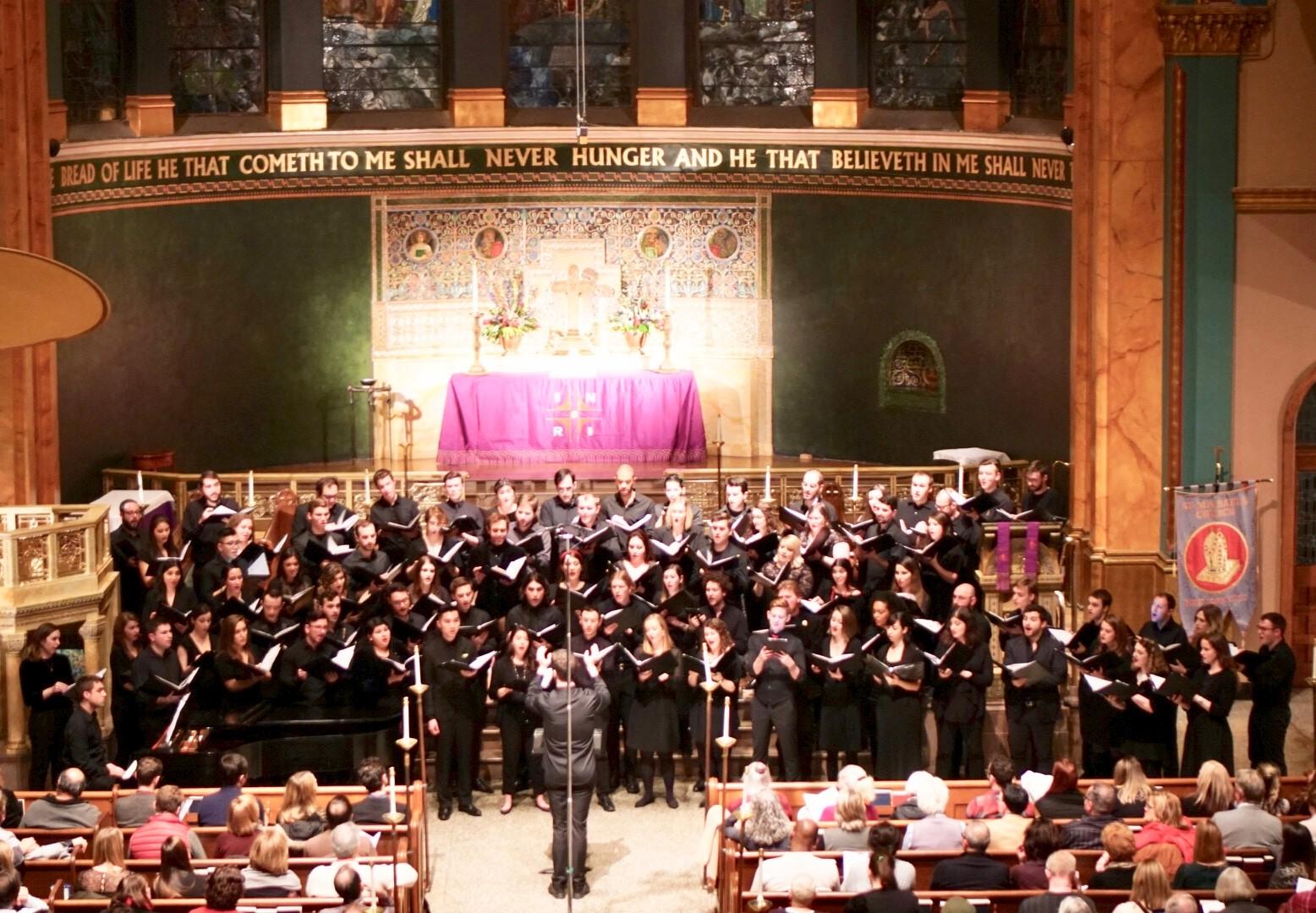 Conducting the Young New Yorkers' Chorus Mixed Ensemble, 12.18  Photo - Carlos Gomez