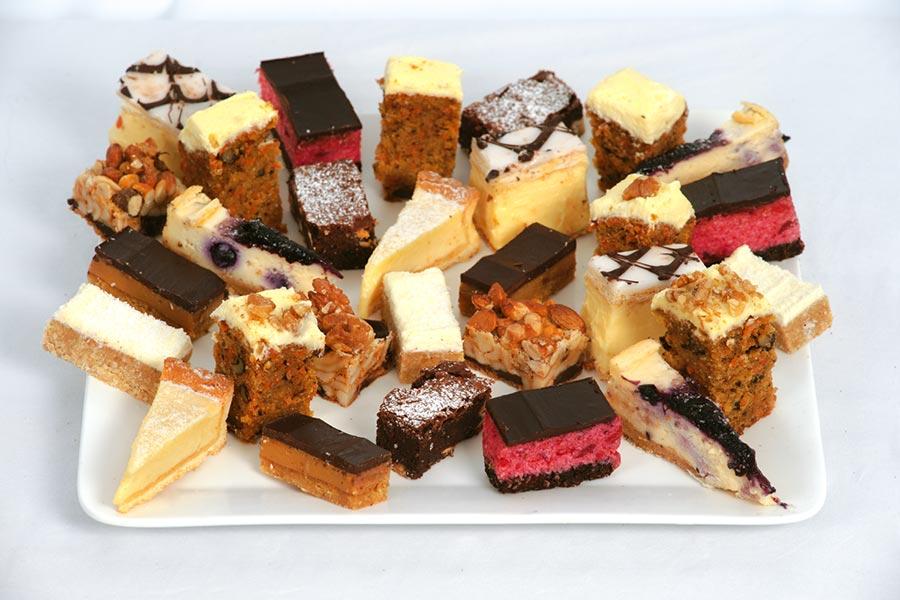 Dats-Catering-Cake-Platter.jpg
