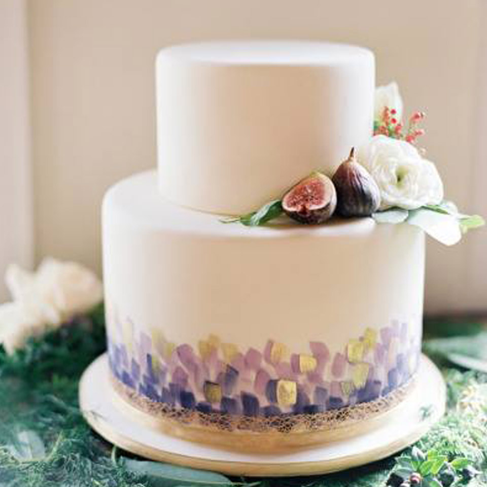 two tier  fonadant fig cake.jpg