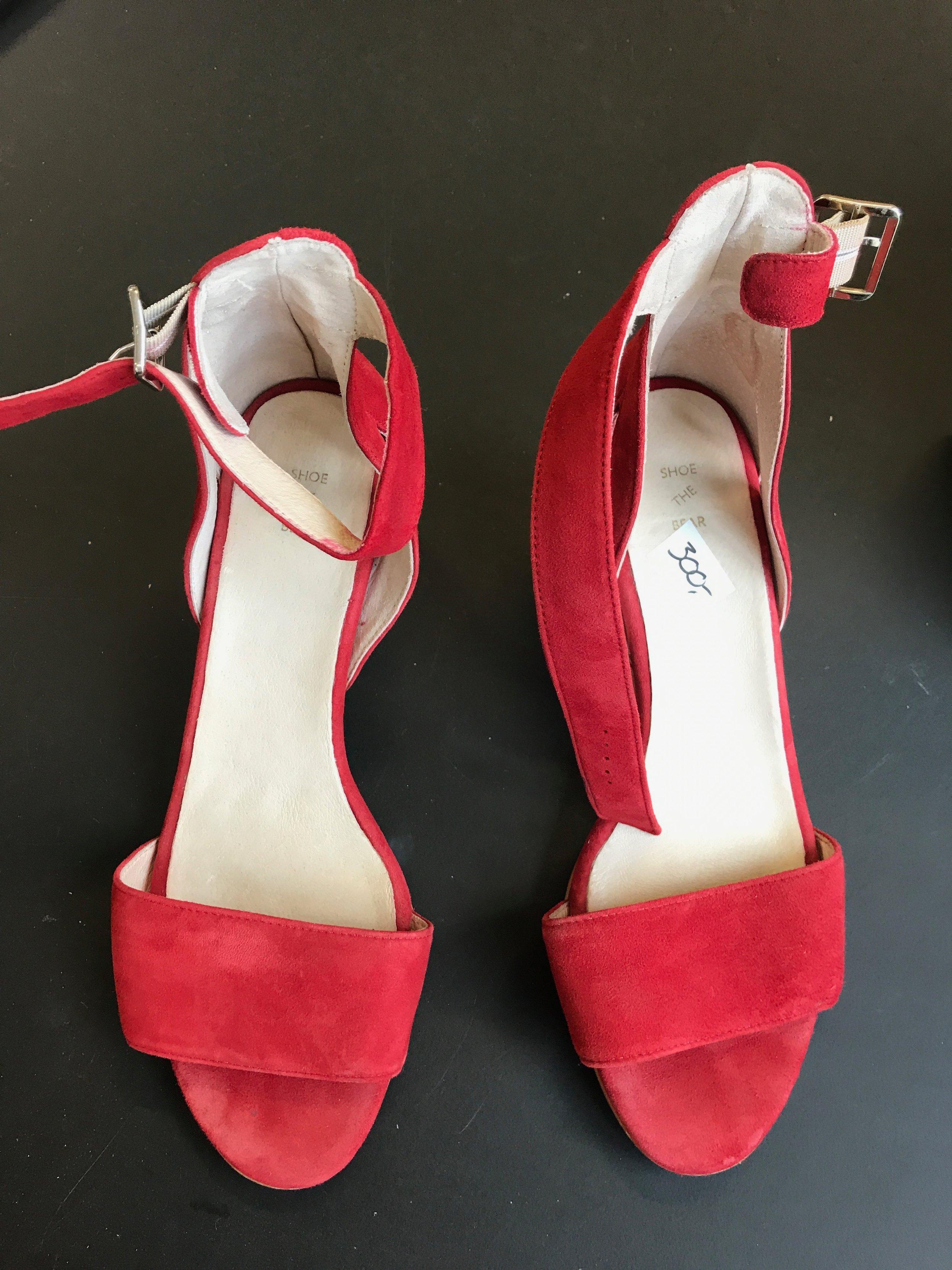 Røde sko.JPG
