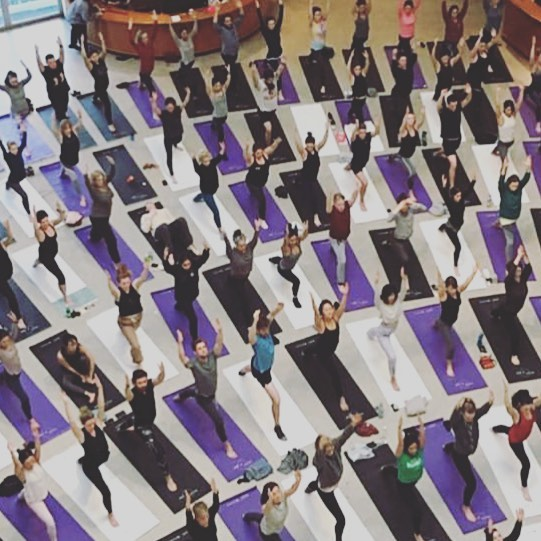 Amazing photo from this weekend @guggenheim for the Art of Yoga event. Mindfulness at its prettiest. 💕🧘🏻♀️💕 • #mindfulness #mindful #yoga #yogainspiration #community #love #art #nyc
