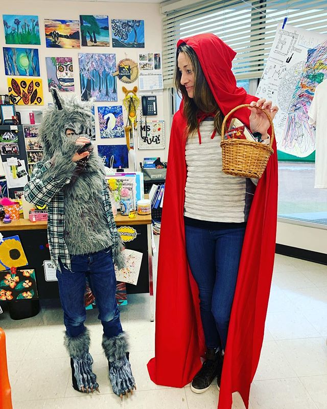 And sometimes Mindfulness is just a teacher dressed up as a protagonist and a student dressed up as an antagonist, smiling at each other. Happy Purim.🥰 • #purim #littleredriddinghood #wolf #costume #mindfulness #teacher #fun #fracturedfairytales #meditation #youth