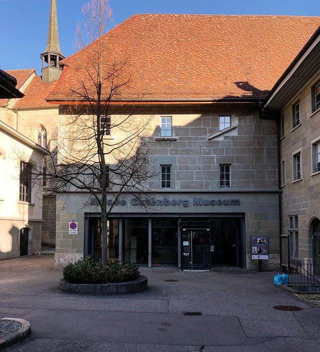 C'est aujourd'hui, c'est à Fribourg au Musée Gutenberg de 12:00 à 18:30, venez nombreux ! . It's today, it's in Fribourg, at the Gutenberg Museum, we're expecting you! Vin vivant 2019 is on! . . #vinvivant2019 #vinvivantswitzerland #winefair #naturalwine #swisswine #vinsnaturels #vinonaturale #morethanwine #naturalwineapp #slowfoodromandie @naturalwineapp @morethanwine_