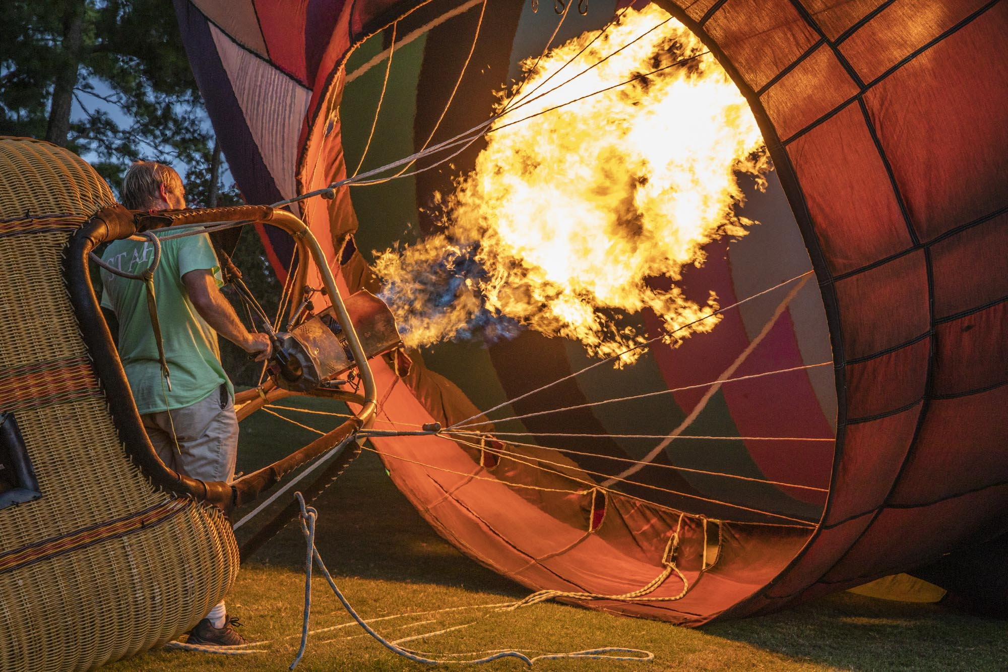 Filling the balloon with hot air. Pretty spectacular at dusk.
