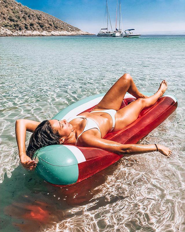 Floating into the weekend like . . .  #hvar #visitcroatia #islandlife #croatia