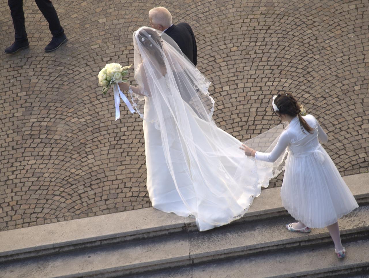 wedding-1646108_1280.jpg