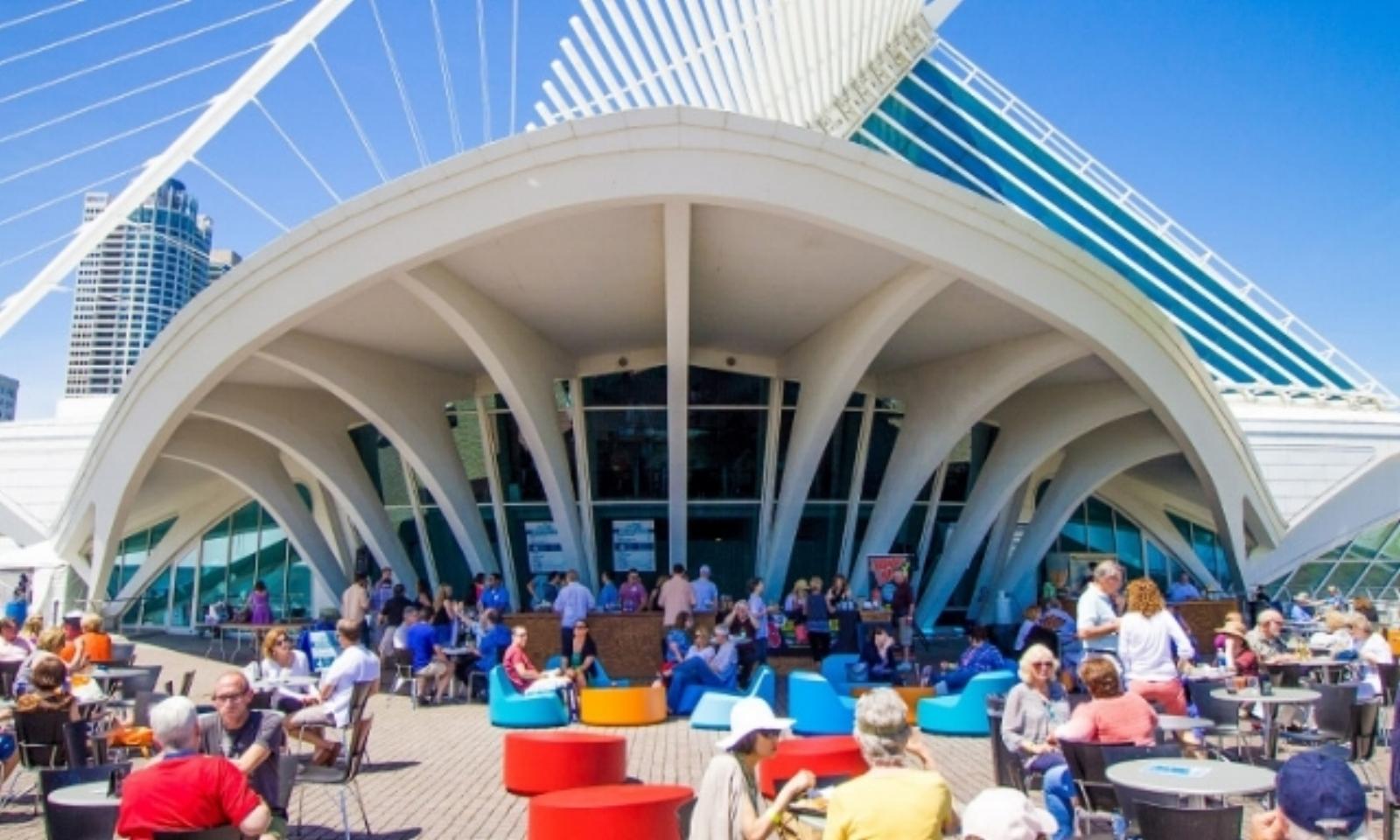 Lakefront Festival of Park - Baumgartner Terrace, Milwaukee Art Museum