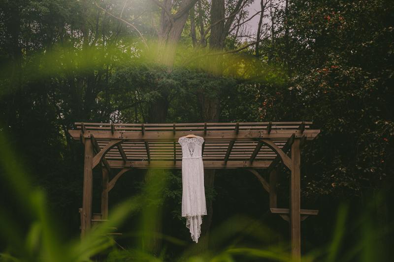 syracuse+alternative+outdoor+wedding+_0006.jpg