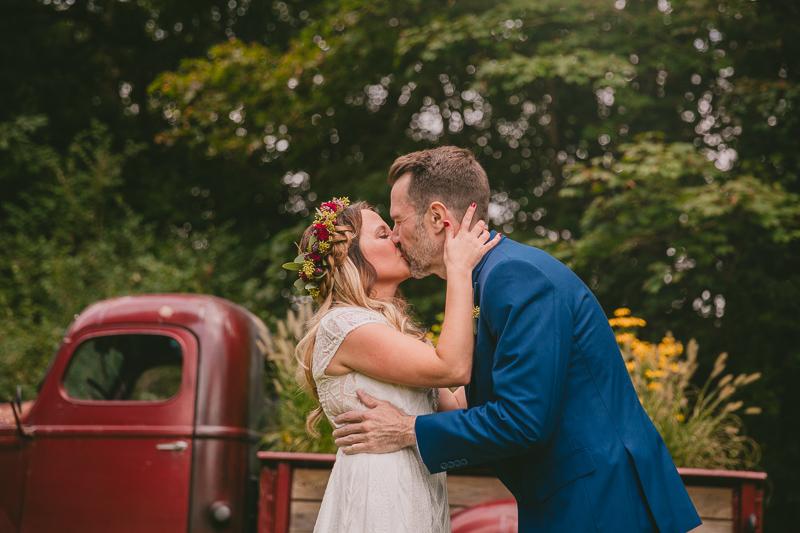 syracuse+alternative+outdoor+wedding+_0015.jpg