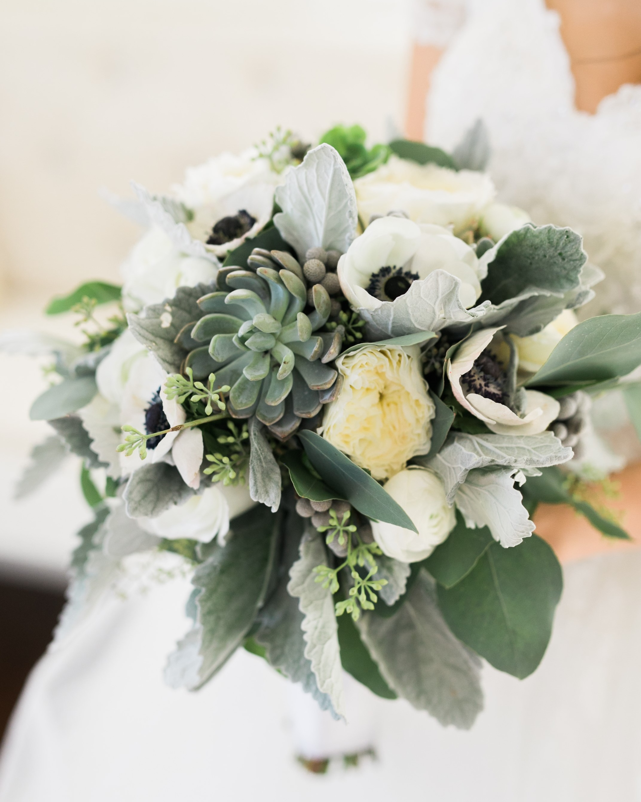 Bridal bouquet white and grey with succulents2.jpg