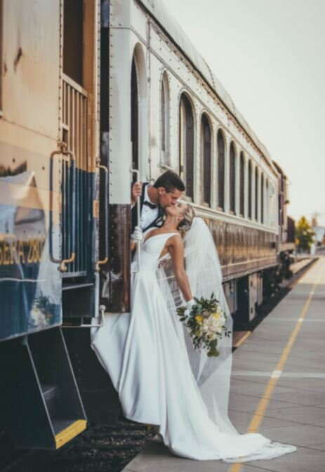 Bride and Groom, Napa Wine Train. Photo Erica Djafroodi, wedding planner and lovely bride Darina Voloshina.