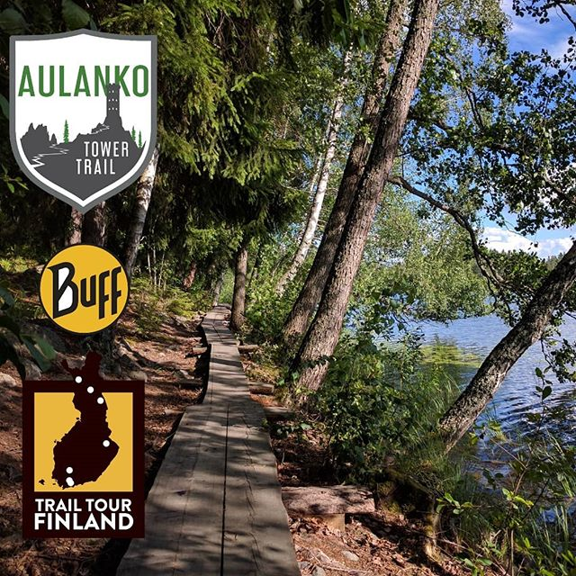 Aulanko Tower Trail on huima polkujuoksukisa Hämeenlinnan Aulangolla. Kisan hintaporras vaihtuu pian! Lunasta starttipaikkasi edullisemmin 31.3 mennessä, ilmolinkki biossa!  Tower Trail -reitti esittelee Aulangon kansallismaiseman parhaat palat. Vaihtoehtoina on leppoisa 13km reitti tai Buff Trail Tour Finland -kisamatka 22km. Aulangolta löytyy hauskaa kesäpuuhaa myös koko perheelle kisapäivän ajaksi. Tule ja koe Aulangon upeat polut!  #polkujuoksu #juoksu #aulanko #aulankotowertrail #hämeenlinna #visithämeenlinna #bufftrailtourfinland #trailrunningfinland #trailrunning #trailrunningfi #aulankooutdoors #katajistonranta #pitkospuut #luonto #puistometsä #häme #trailfi