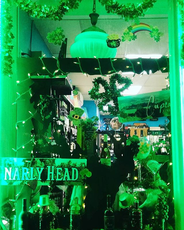 We are decorating for St. Patty's Day today. #gogreen #luckoftheirish #leprechaunlove #greenday #samswineandspirits #ithacany