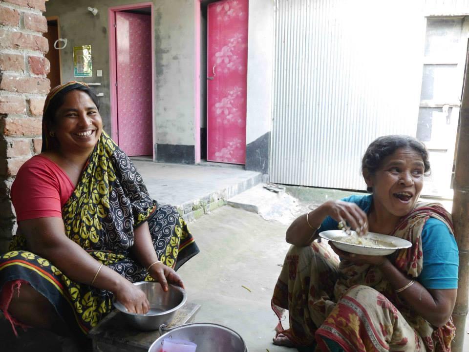 women bangladesh.jpg