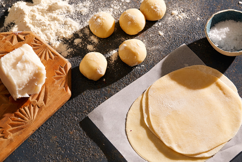 FlourTortillaMakingShot-01.jpg