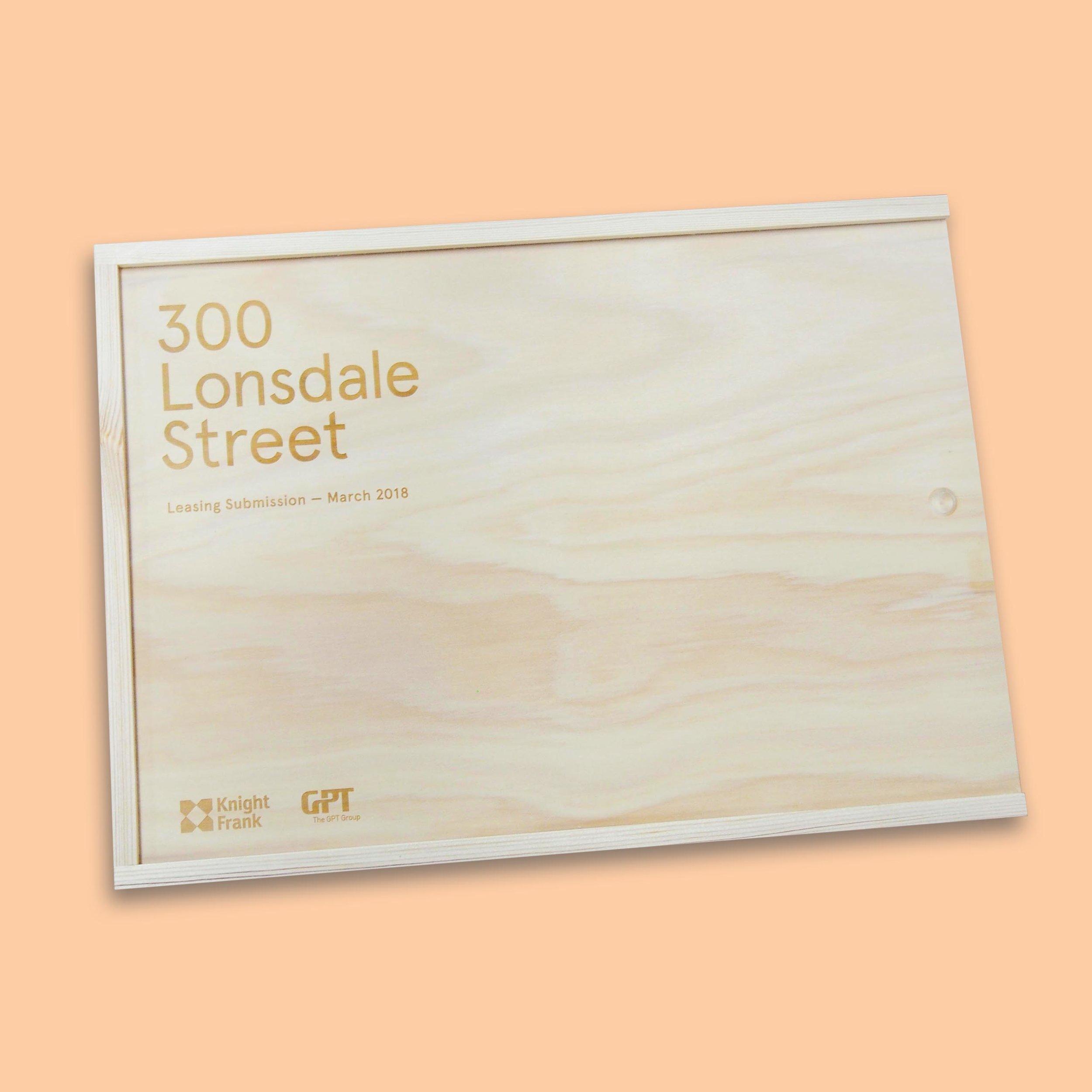 300lonsdalebox.jpg