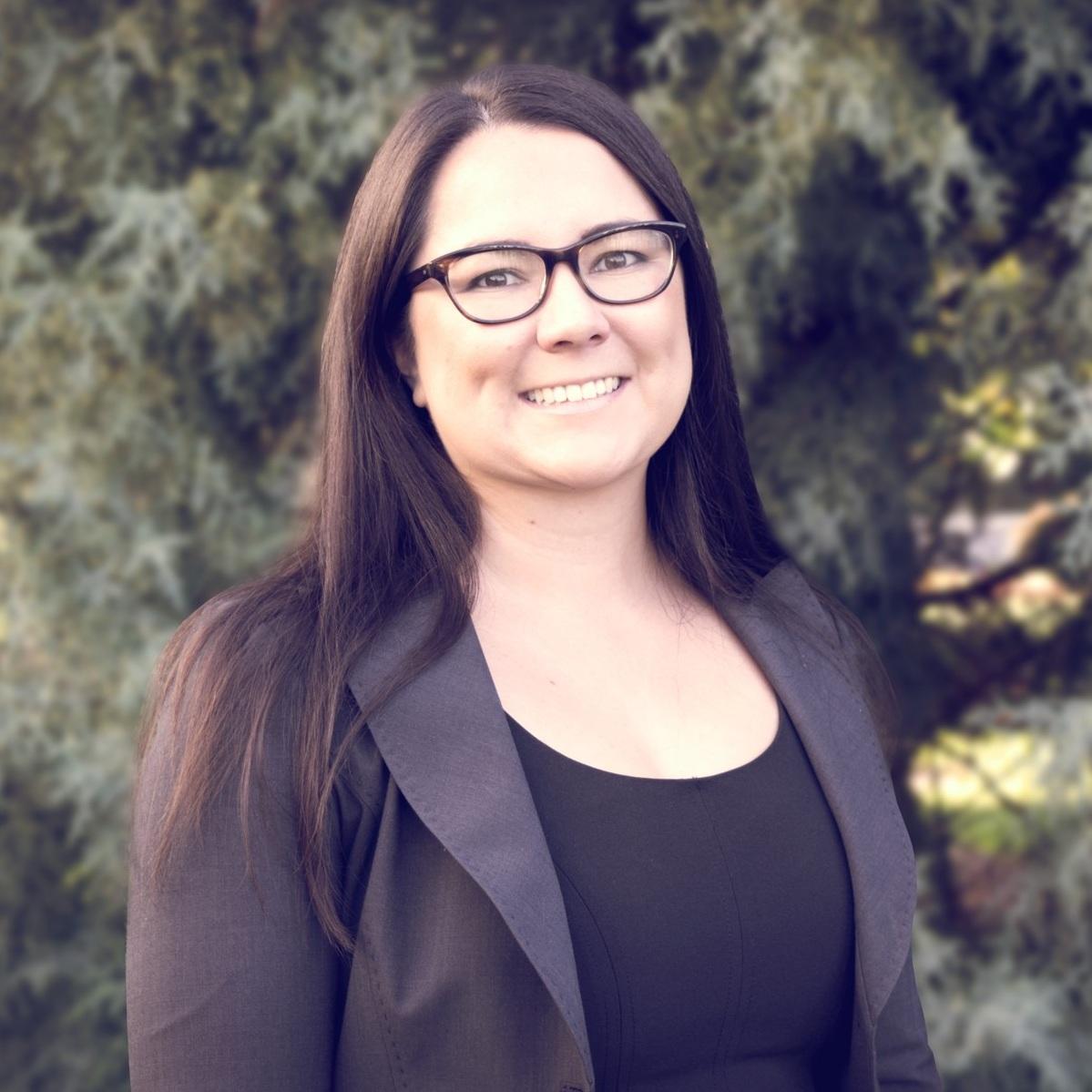 Grace Huefner, Advisor