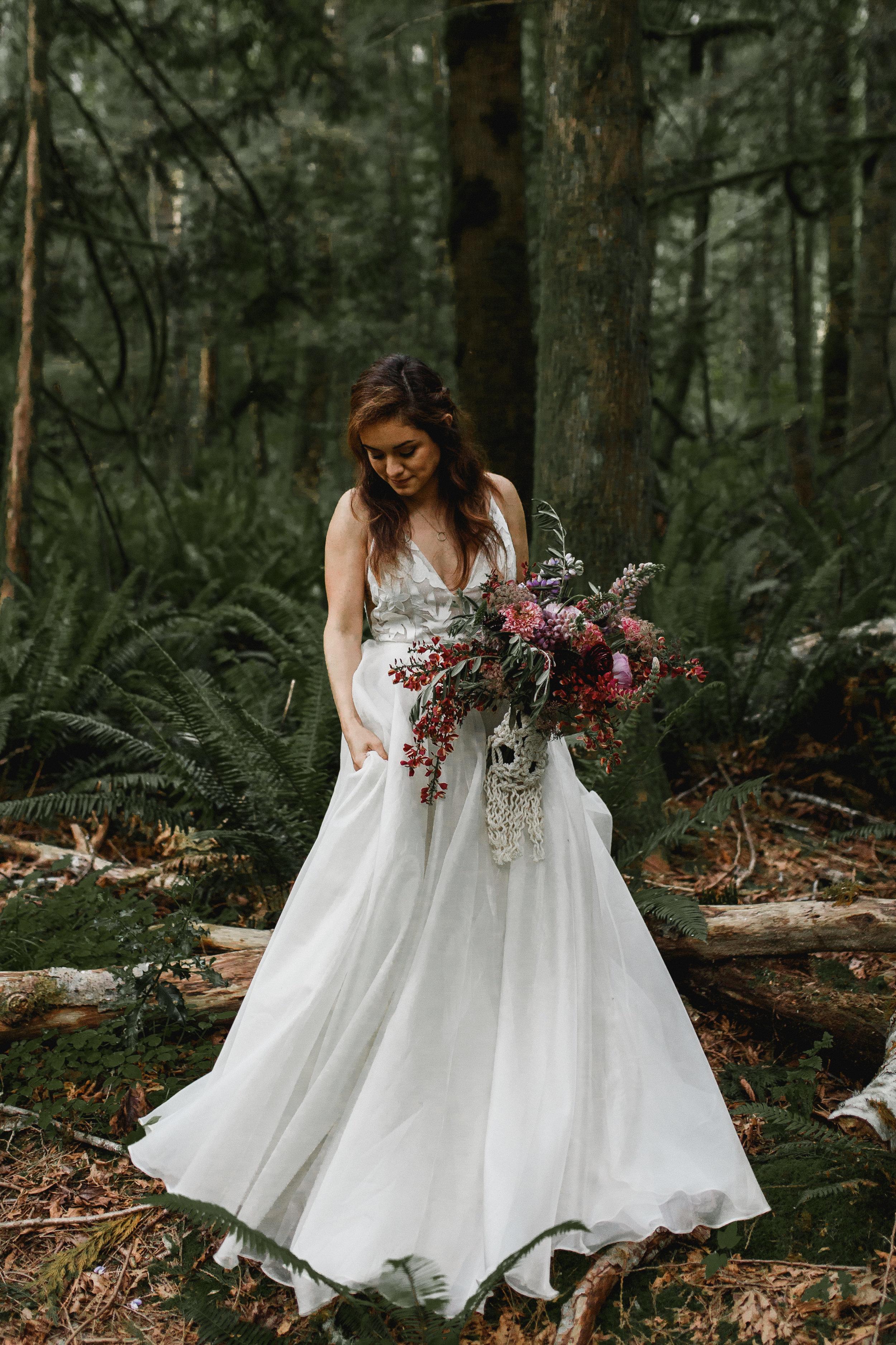 deep-woods-boho-elopement-103.jpg
