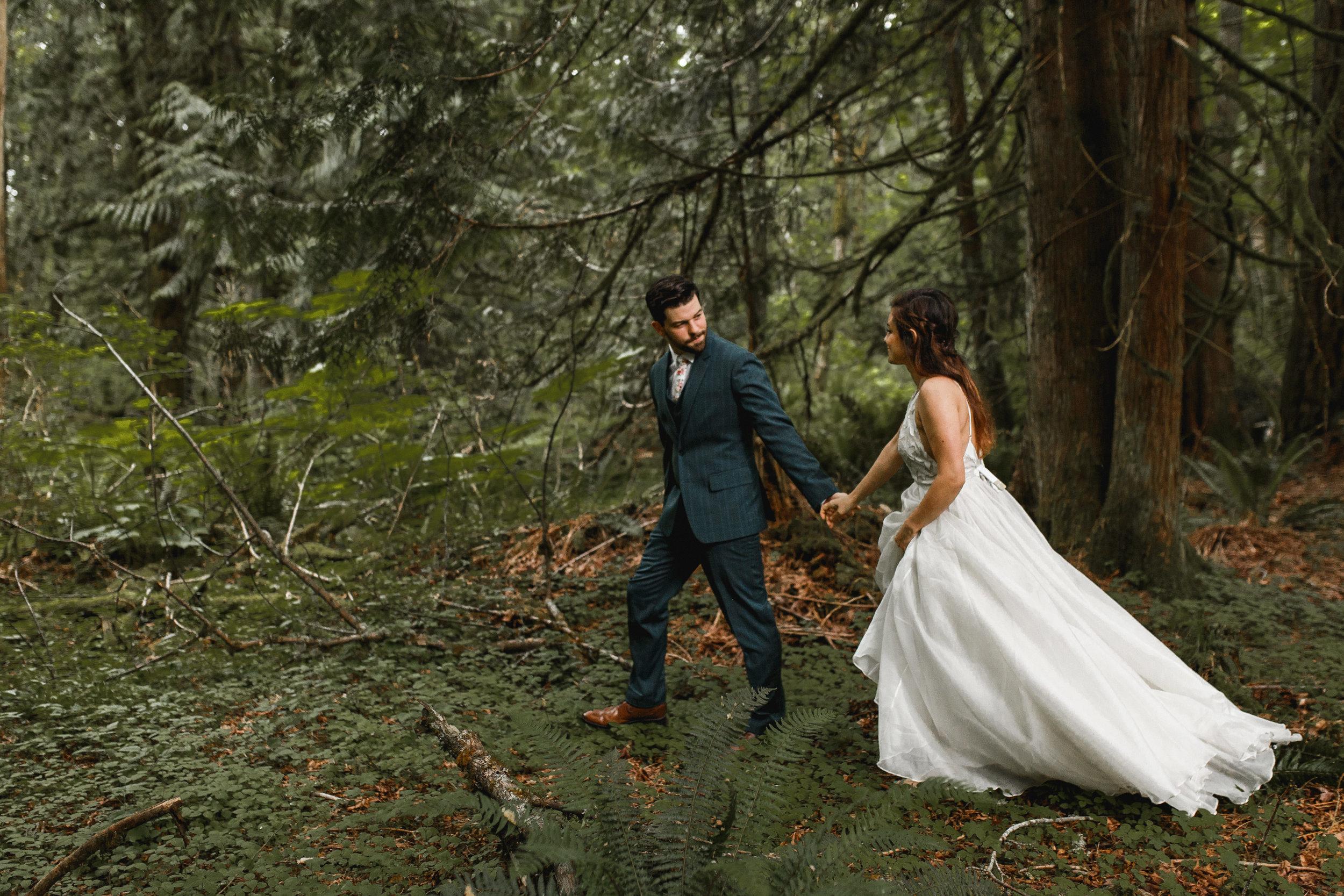 deep-woods-boho-elopement-135.jpg