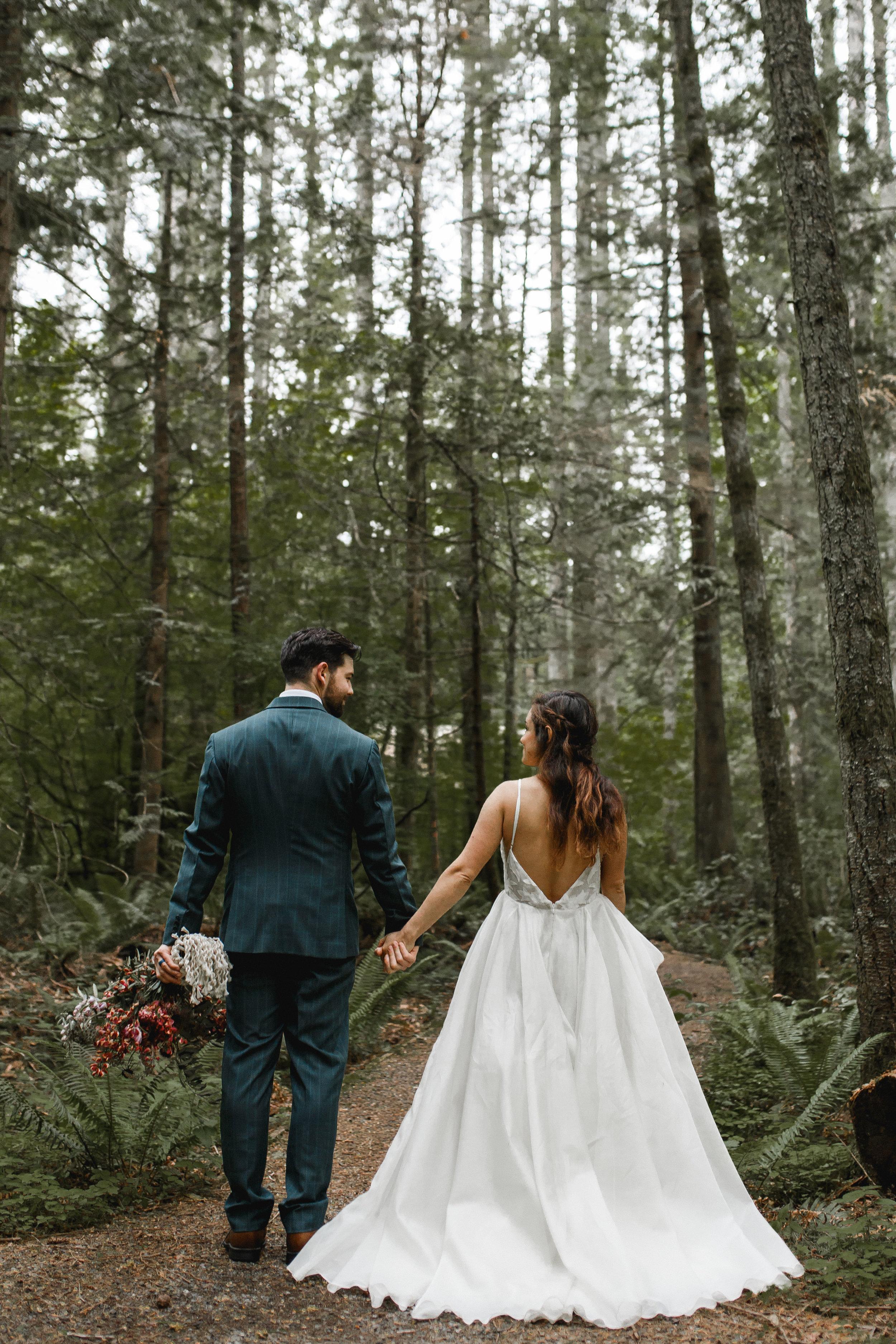 deep-woods-boho-elopement-119.jpg