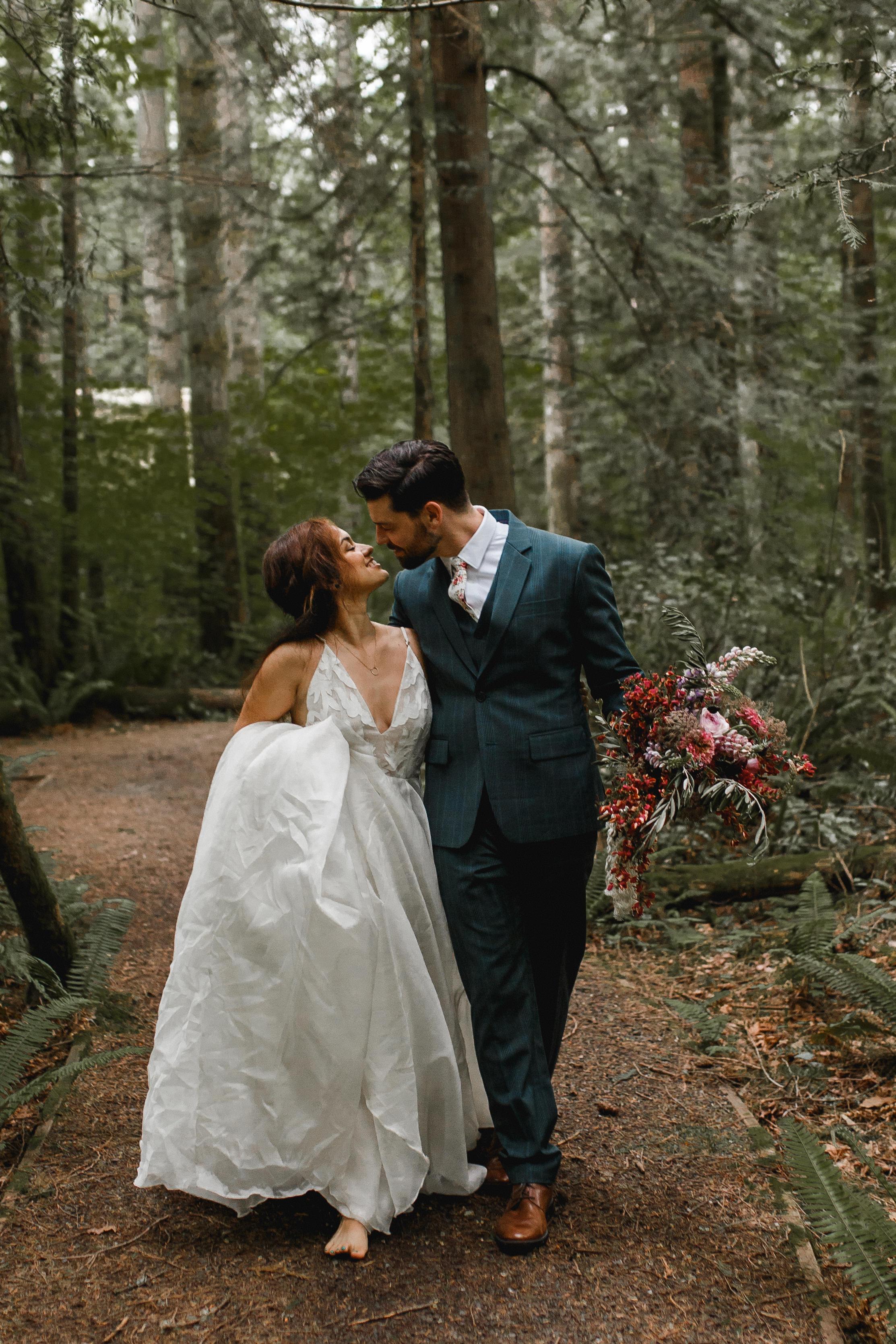 deep-woods-boho-elopement-124.jpg