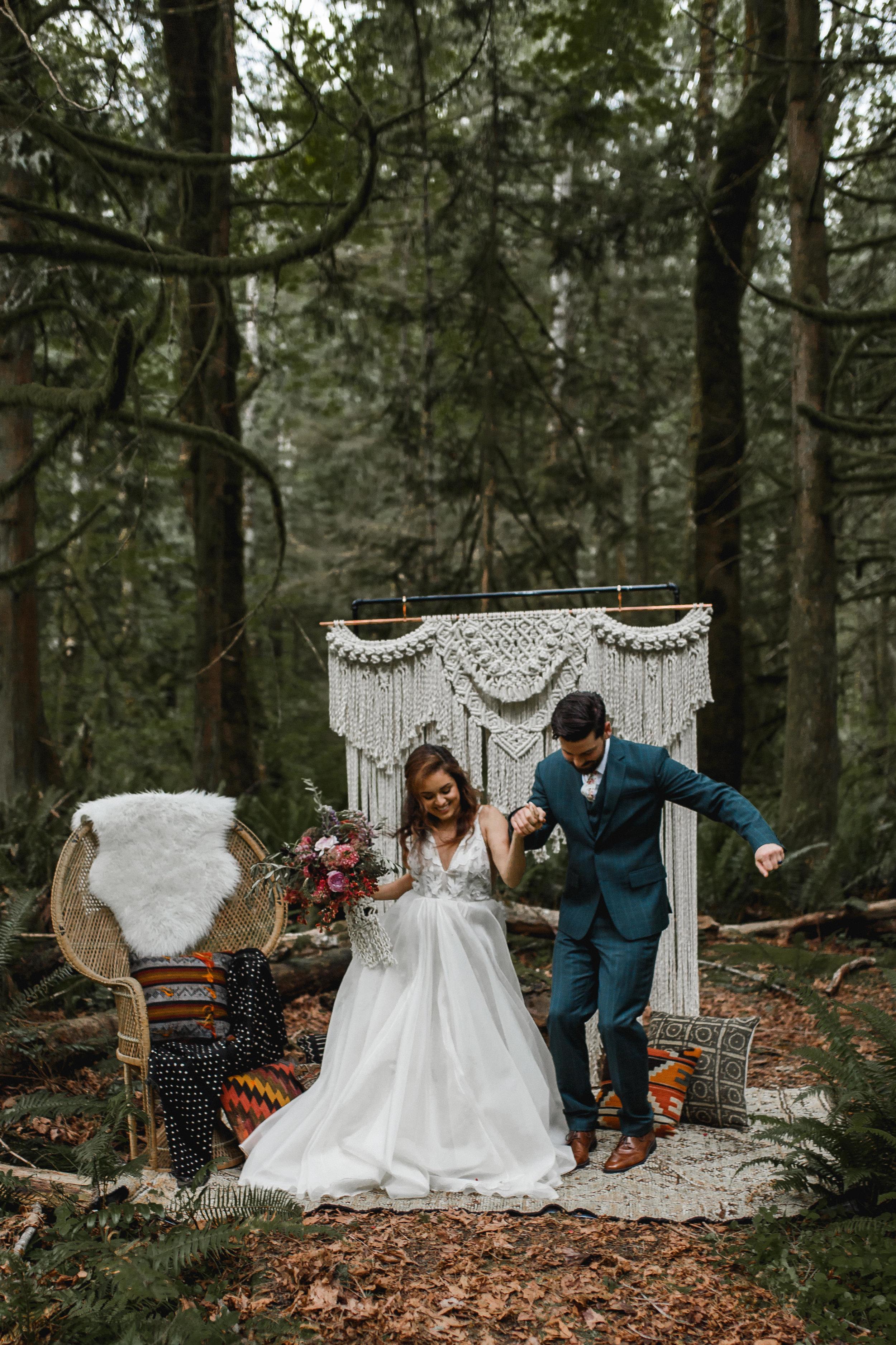 deep-woods-boho-elopement-57.jpg