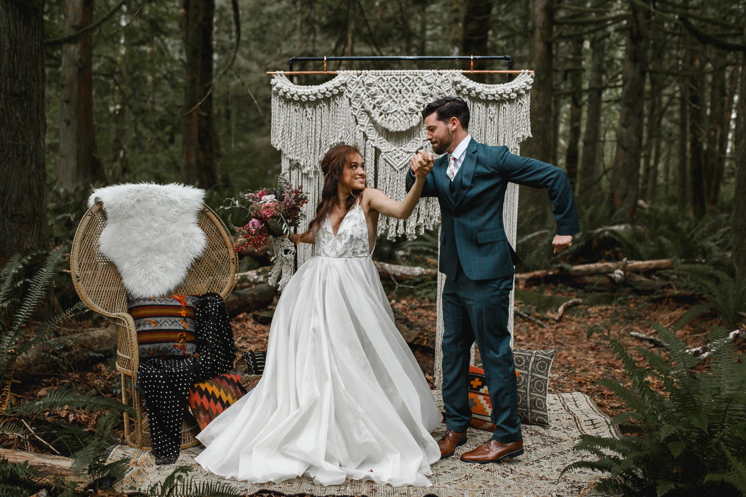 deep-woods-boho-elopement-60.jpg